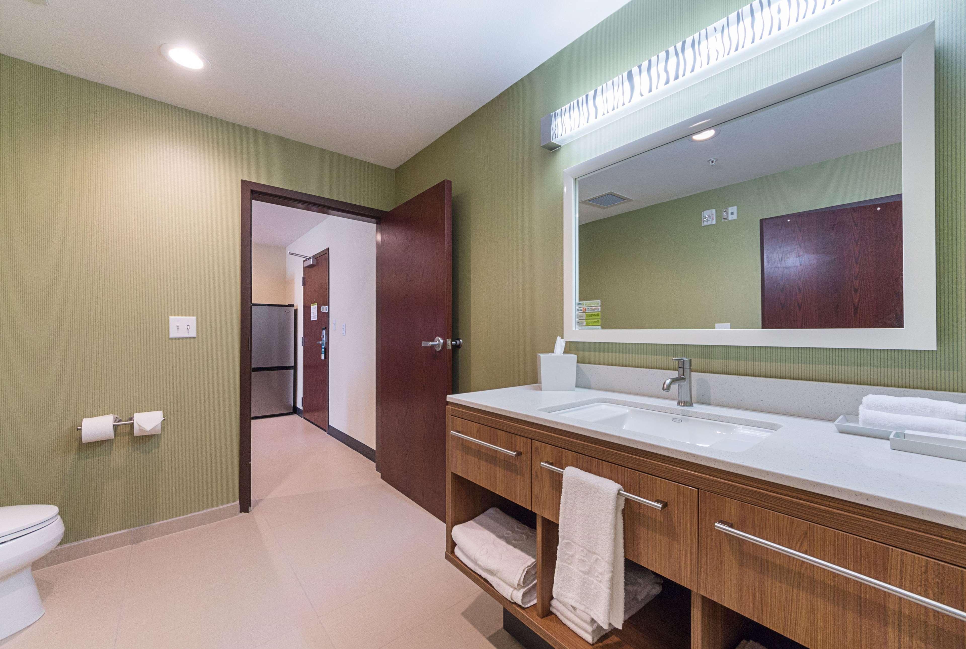Home 2 Suites by Hilton - Yukon image 41