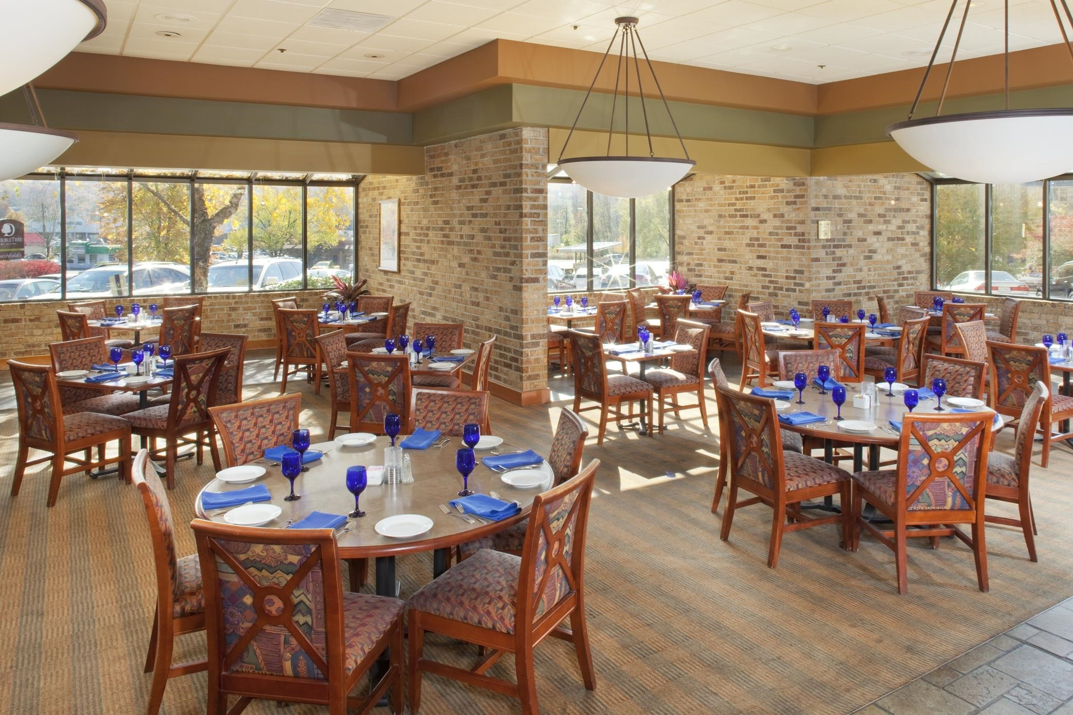 DoubleTree by Hilton Hotel Oak Ridge - Knoxville image 7