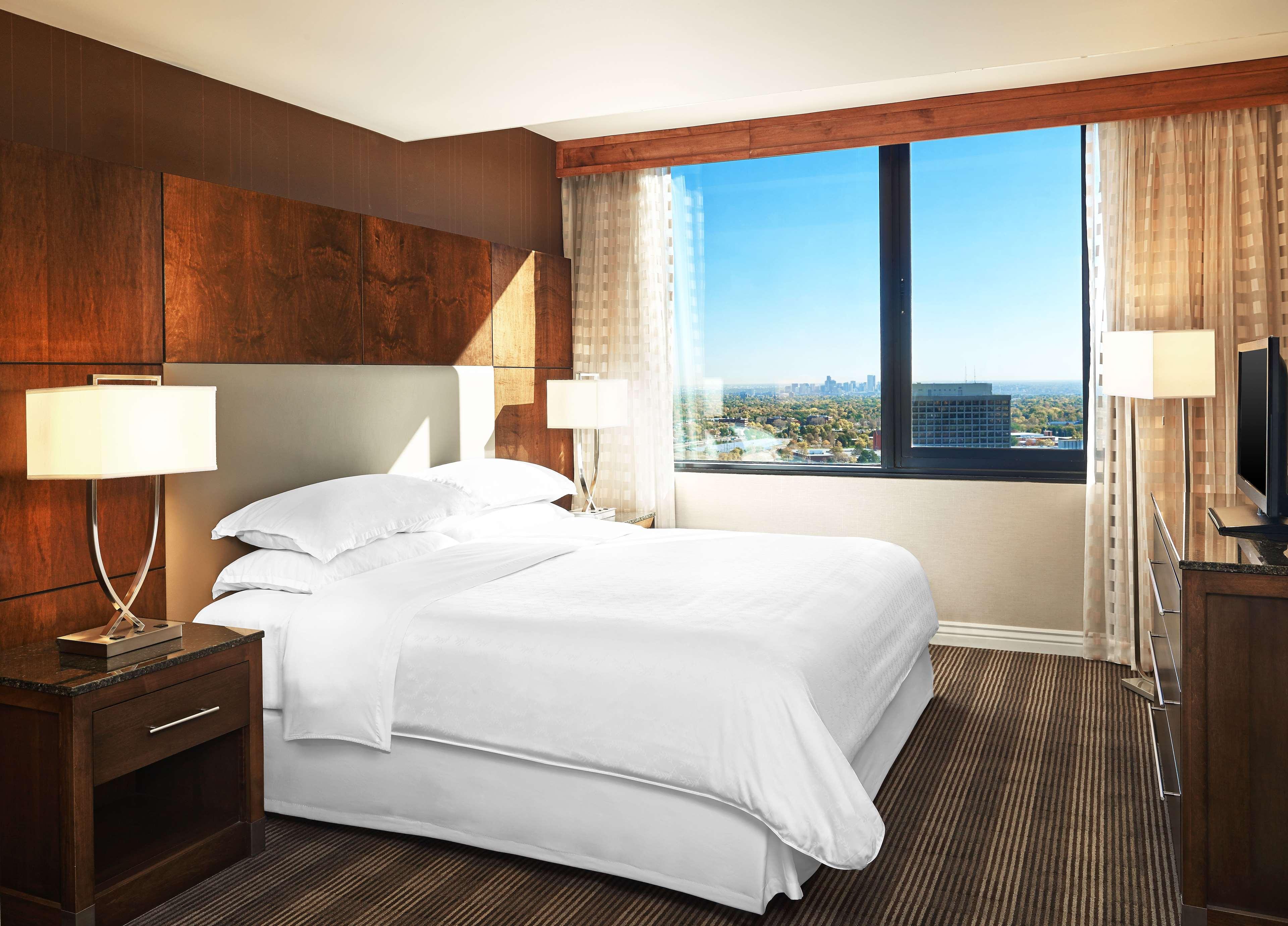 Sheraton Denver West Hotel image 3