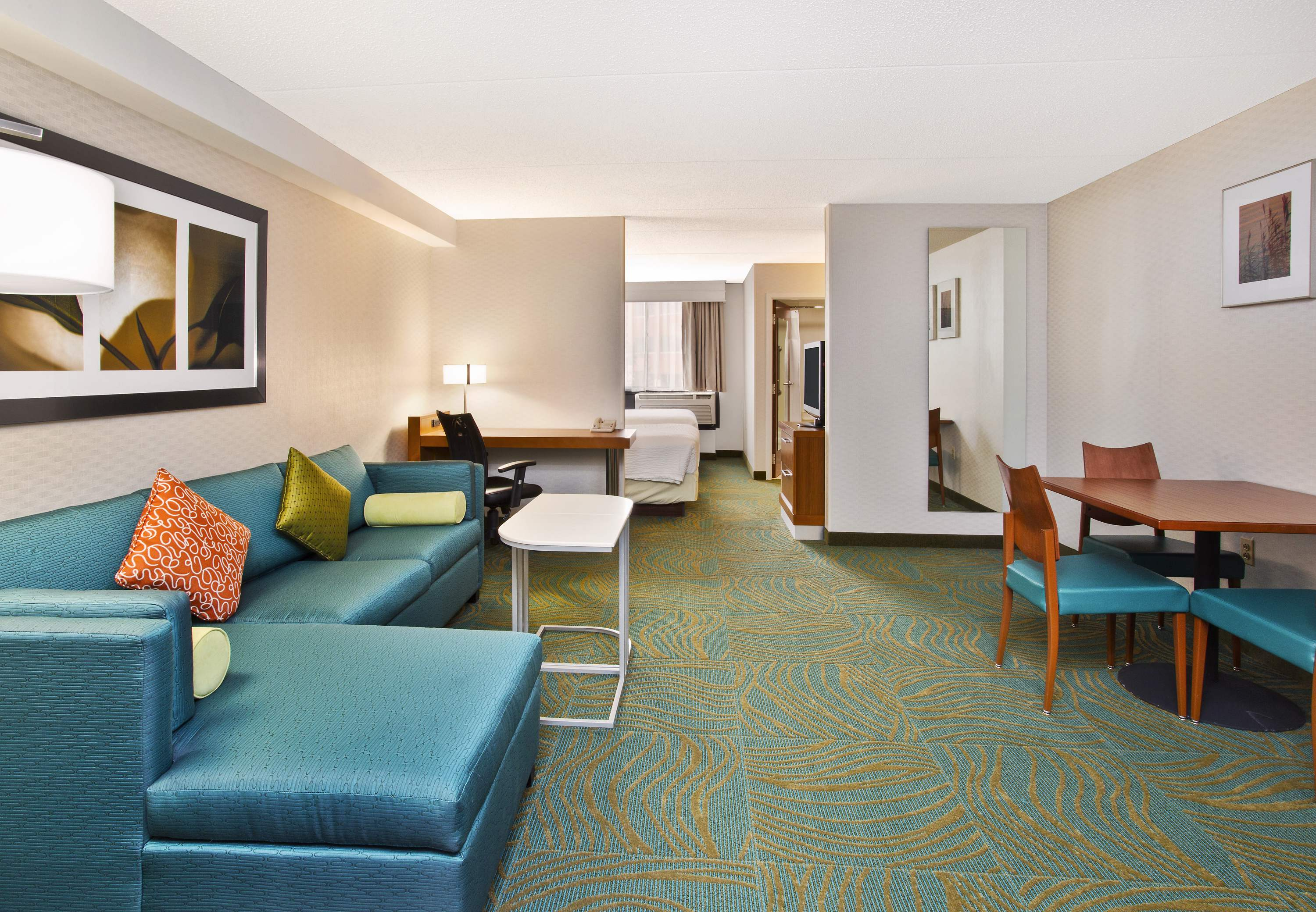 SpringHill Suites by Marriott Chicago Elmhurst/Oakbrook Area image 5