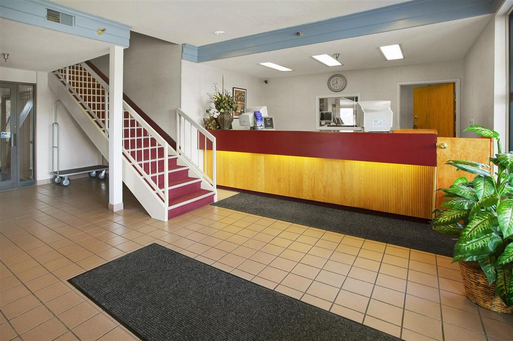 Americas Best Value Inn - Notre Dame/South Bend image 2