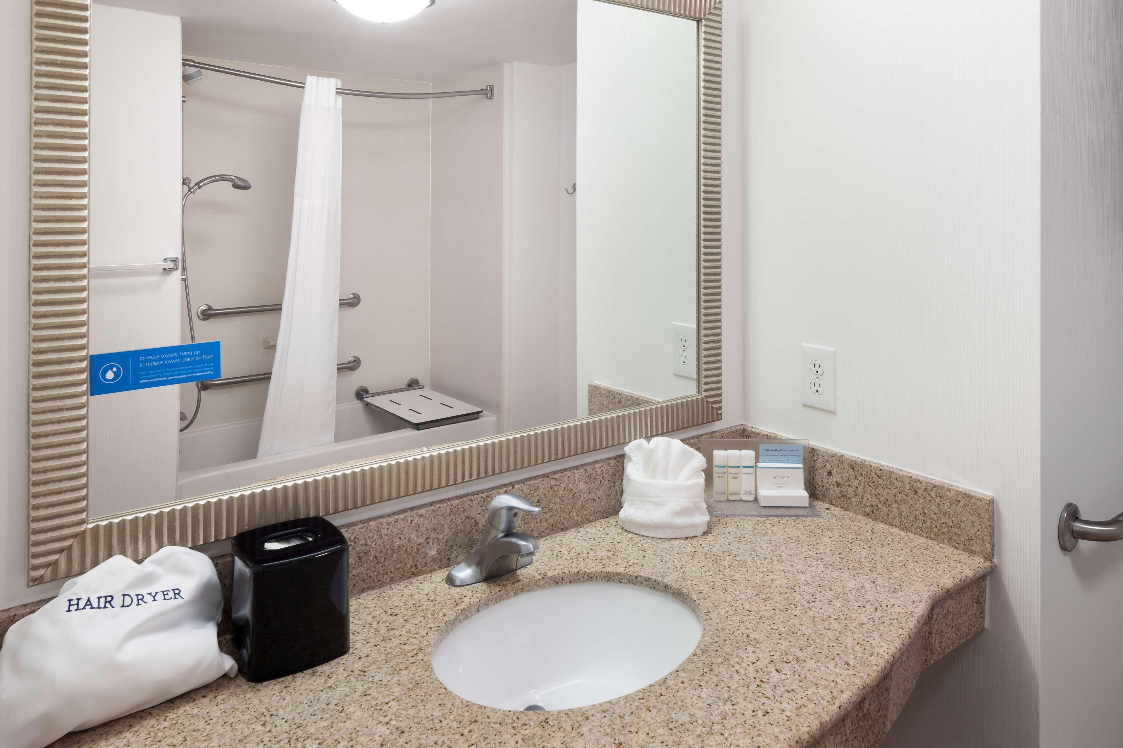Hampton Inn & Suites Panama City Beach-Pier Park Area image 20