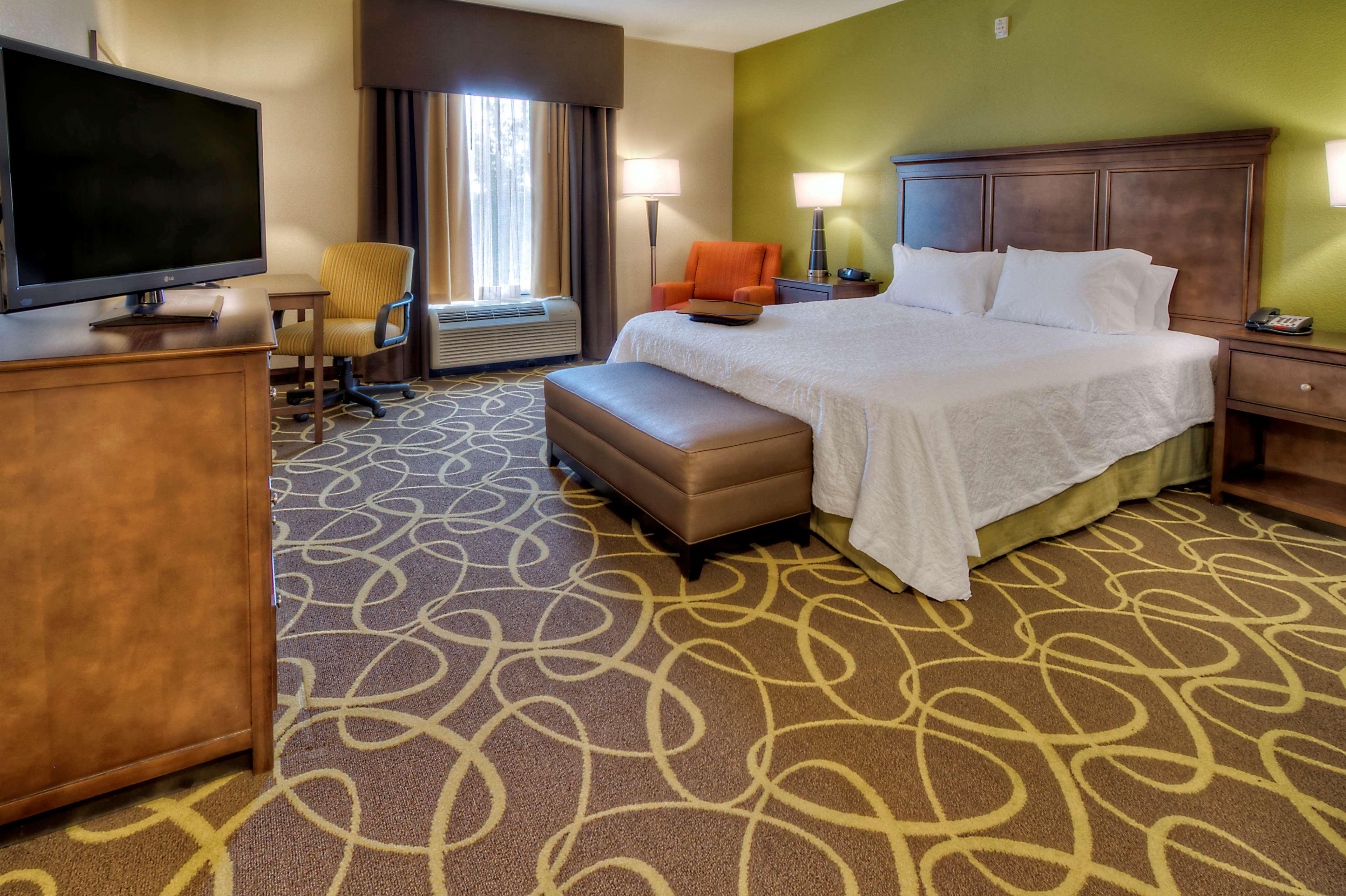 Hampton Inn & Suites Rochester/Henrietta image 17