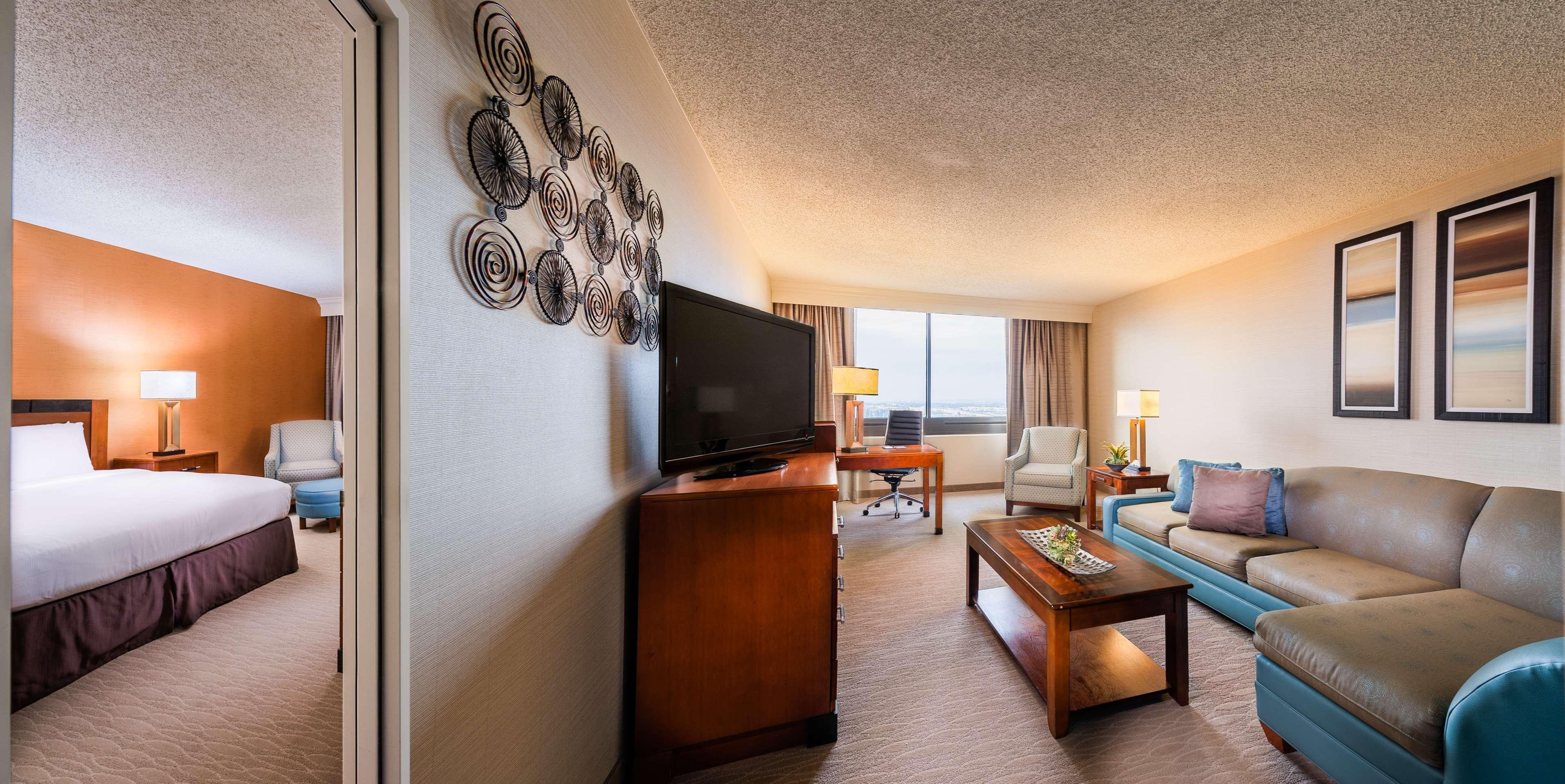 DoubleTree by Hilton Hotel Anaheim - Orange County image 36