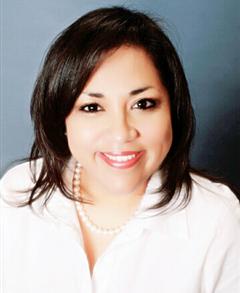 Farmers Insurance - Elvira Fernandez