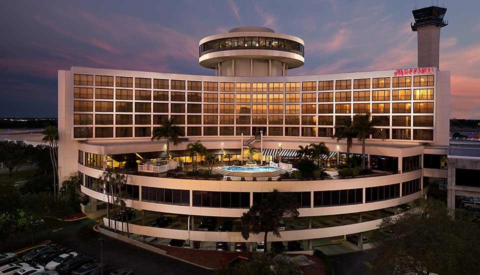 Tampa airport marriott in tampa fl 813 879 5 for Select motors of tampa tampa fl