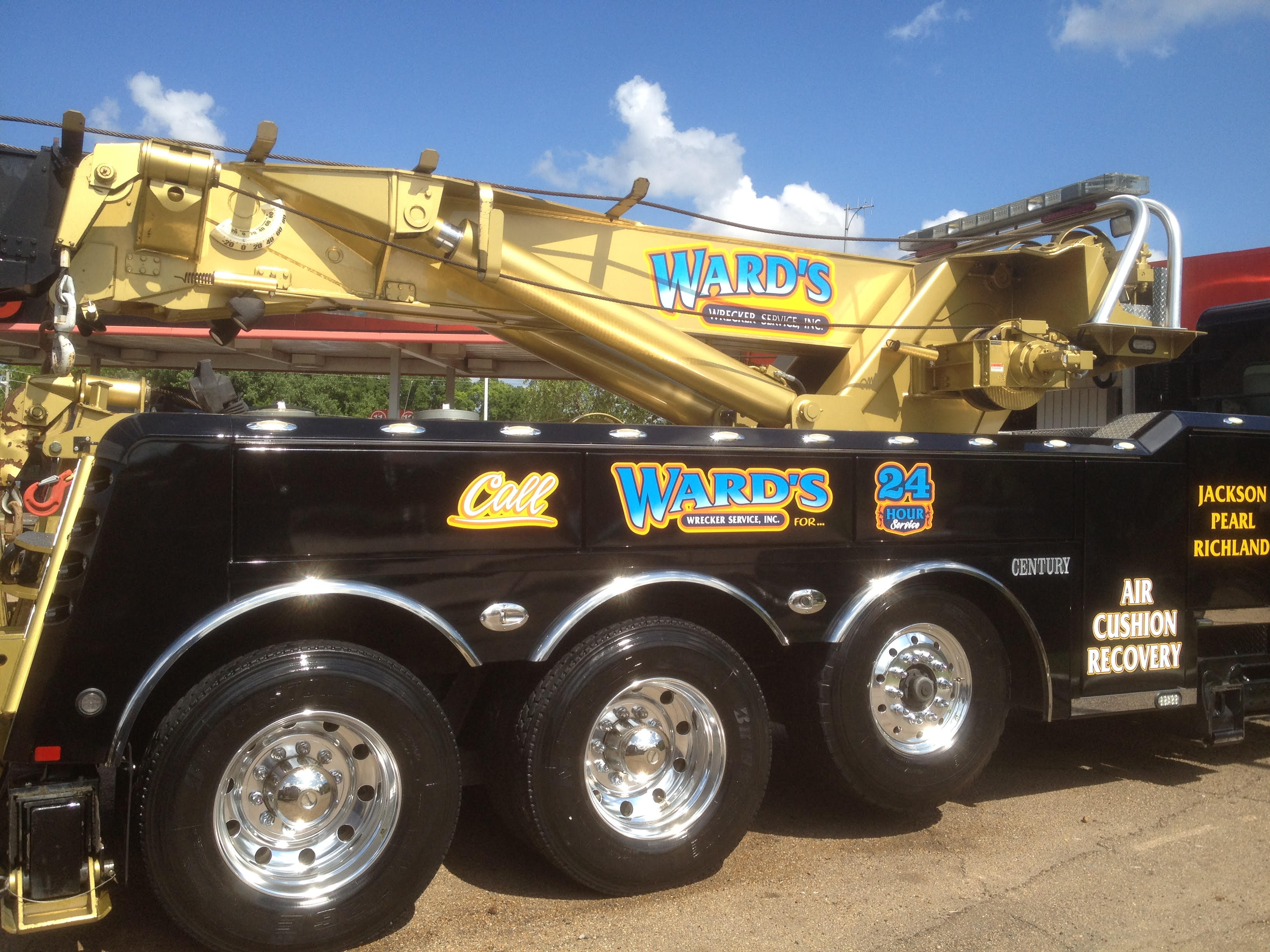 Ward's Wrecker Service Inc. image 0