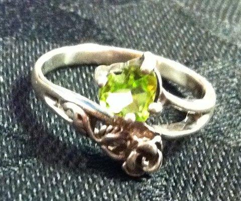 Sam's Jewelry & Watch Repairs image 18