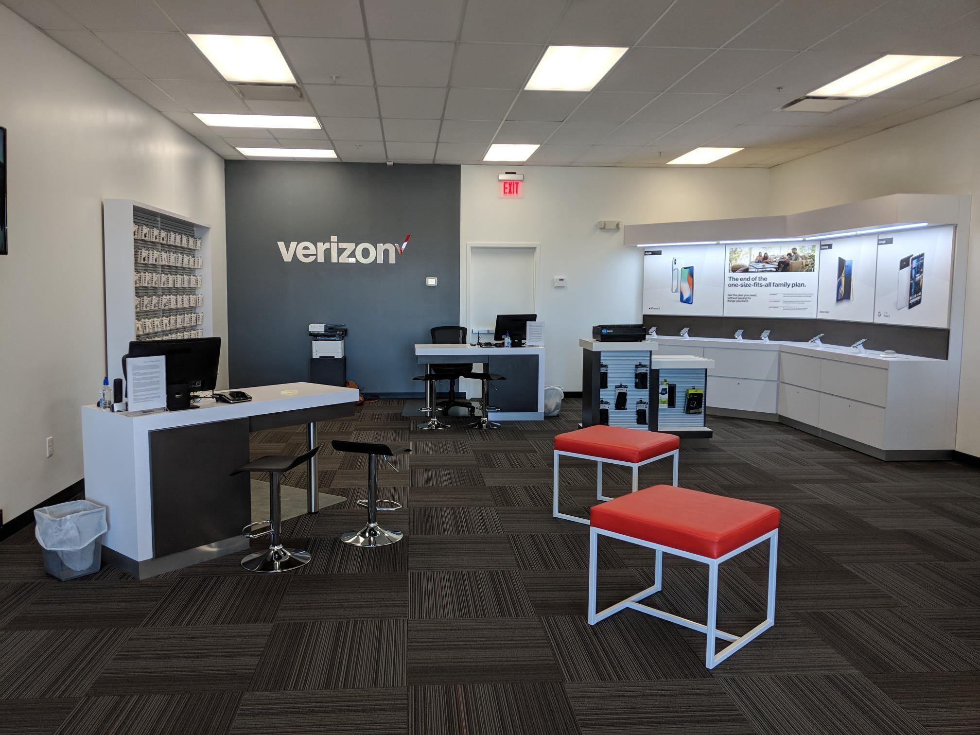 Verizon Authorized Retailer - Wireless Zone image 3