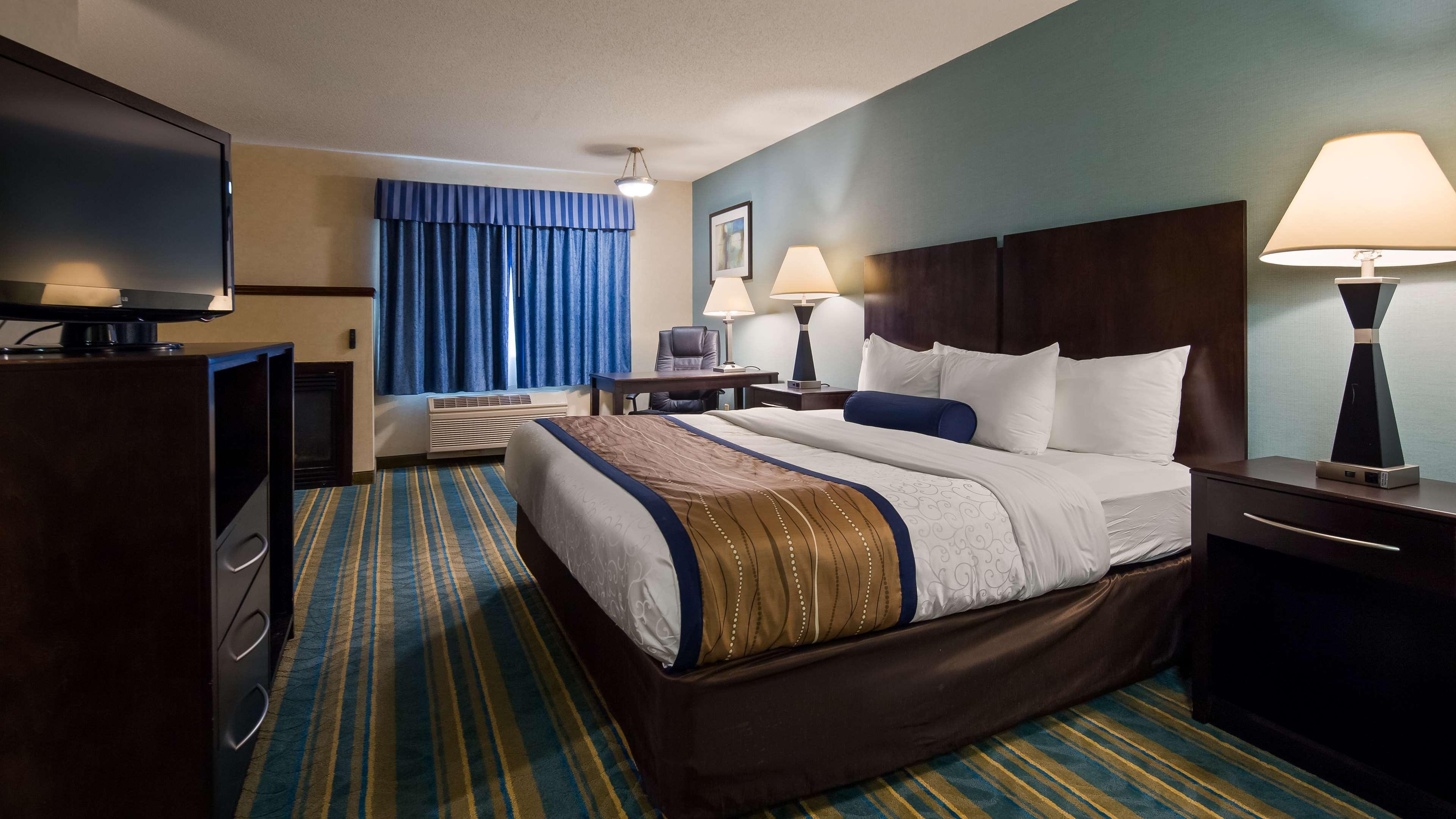 Best Western Plus Berkshire Hills Inn & Suites image 17