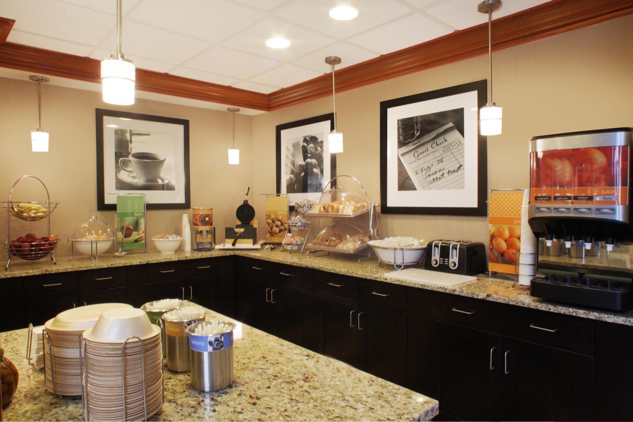 Hampton Inn & Suites Port St. Lucie, West image 6