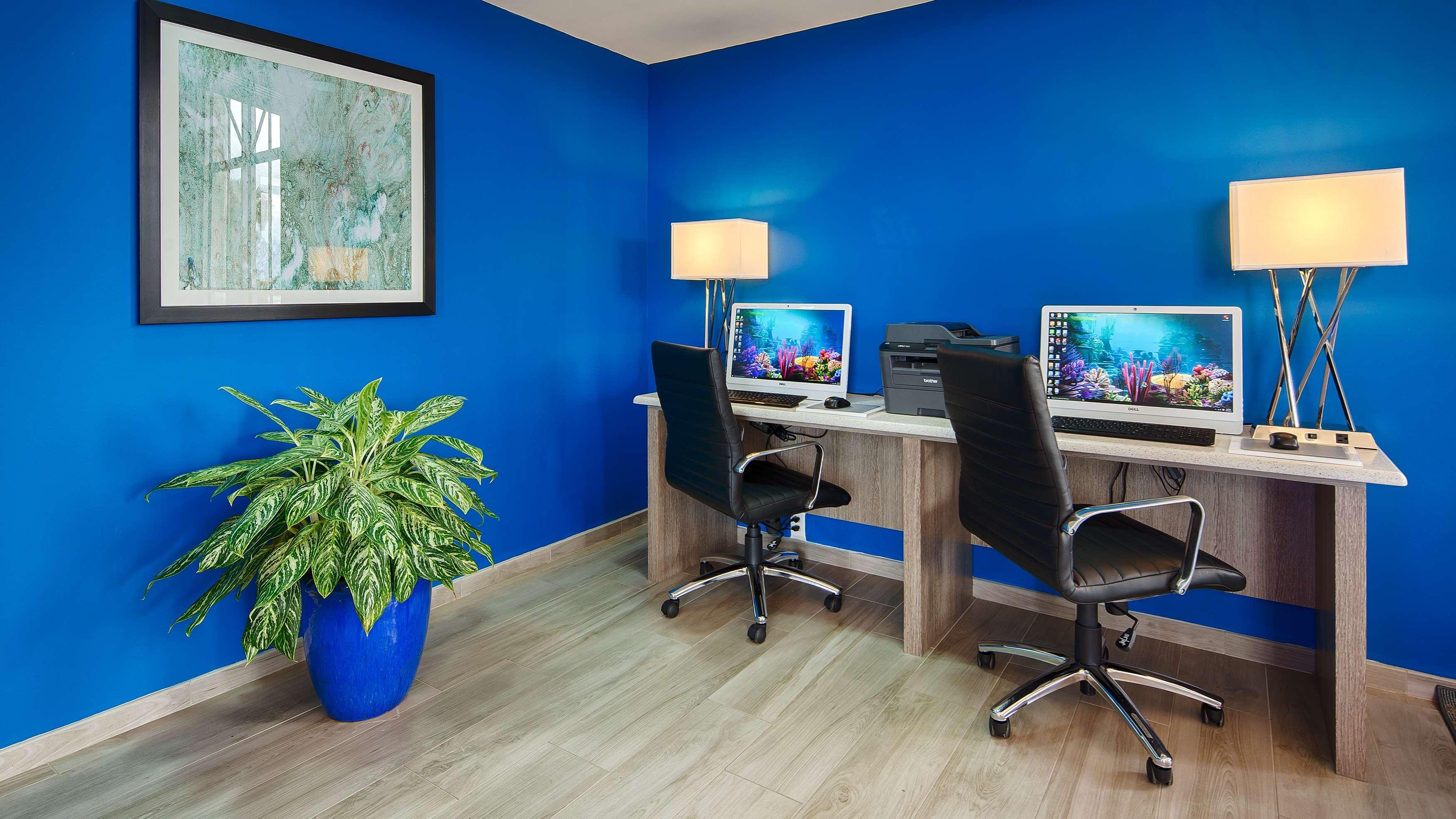 Best Western Fort Myers Inn & Suites image 8