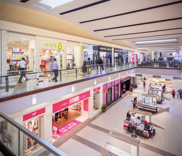 Cumberland Mall image 6