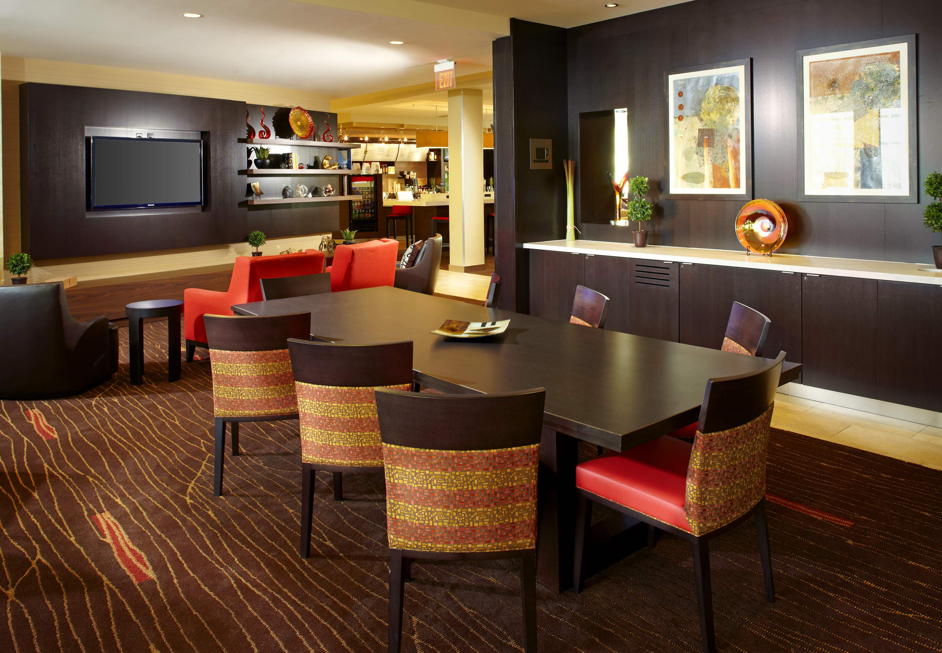 Courtyard by Marriott Pittsburgh Washington/Meadow Lands image 11