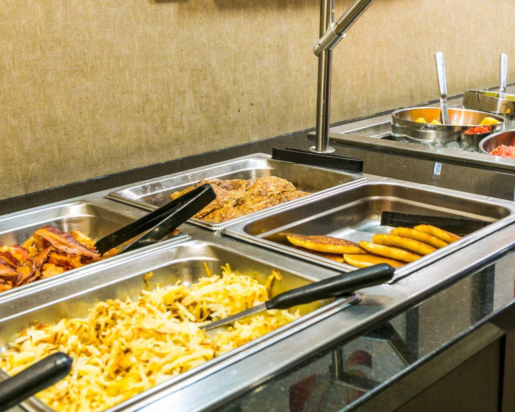 Cambria Hotel Denver International Airport image 34