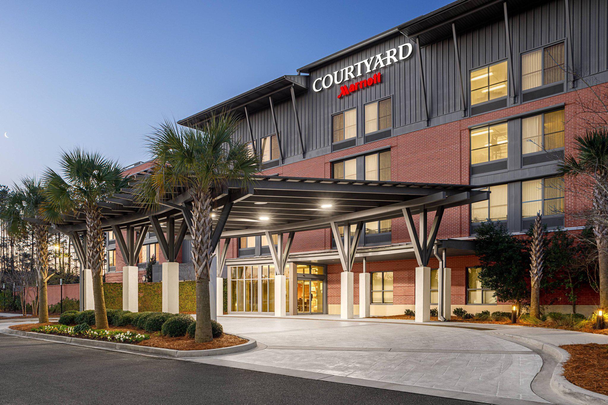 Courtyard by Marriott Charleston Summerville