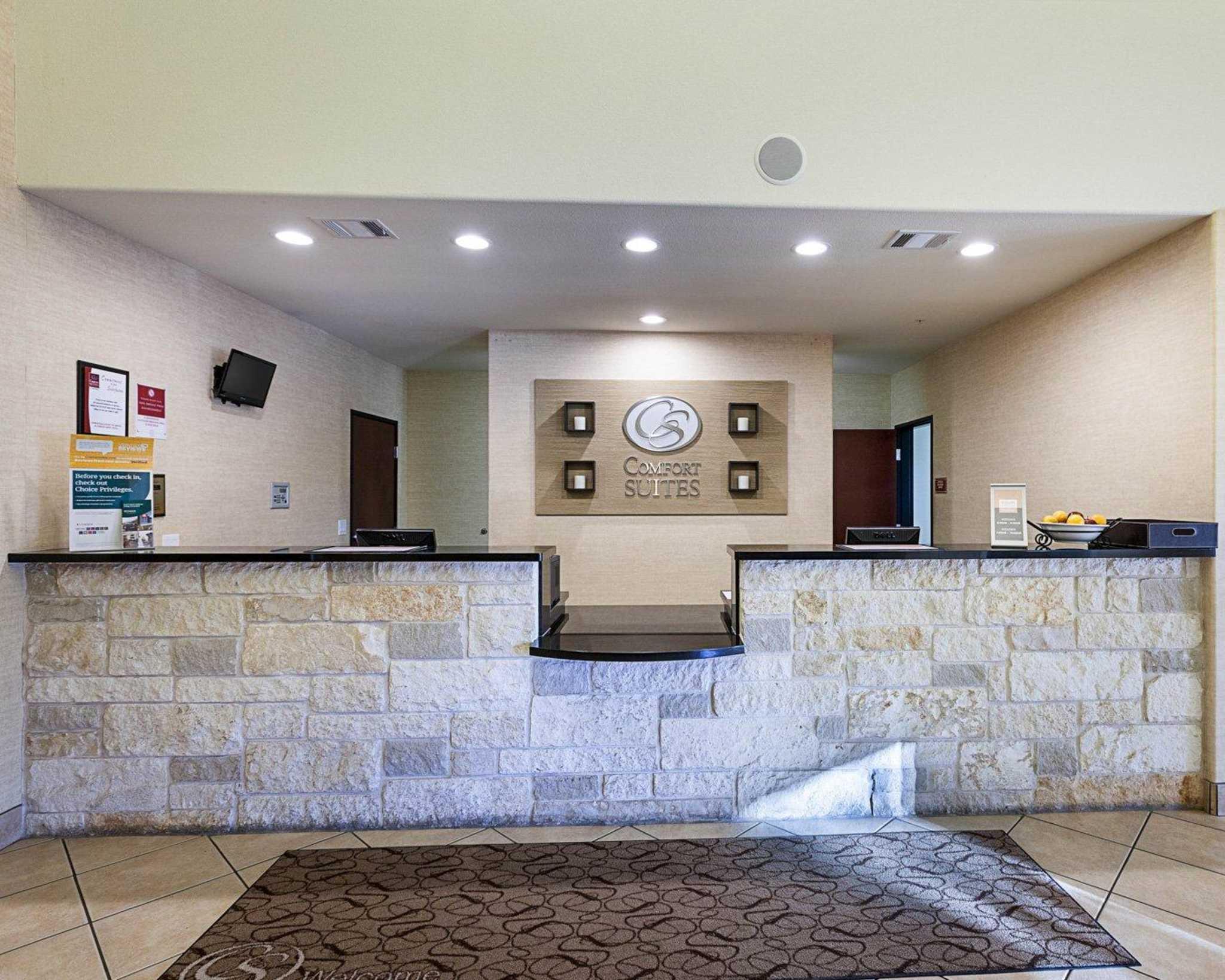 Comfort Suites San Antonio North - Stone Oak image 12