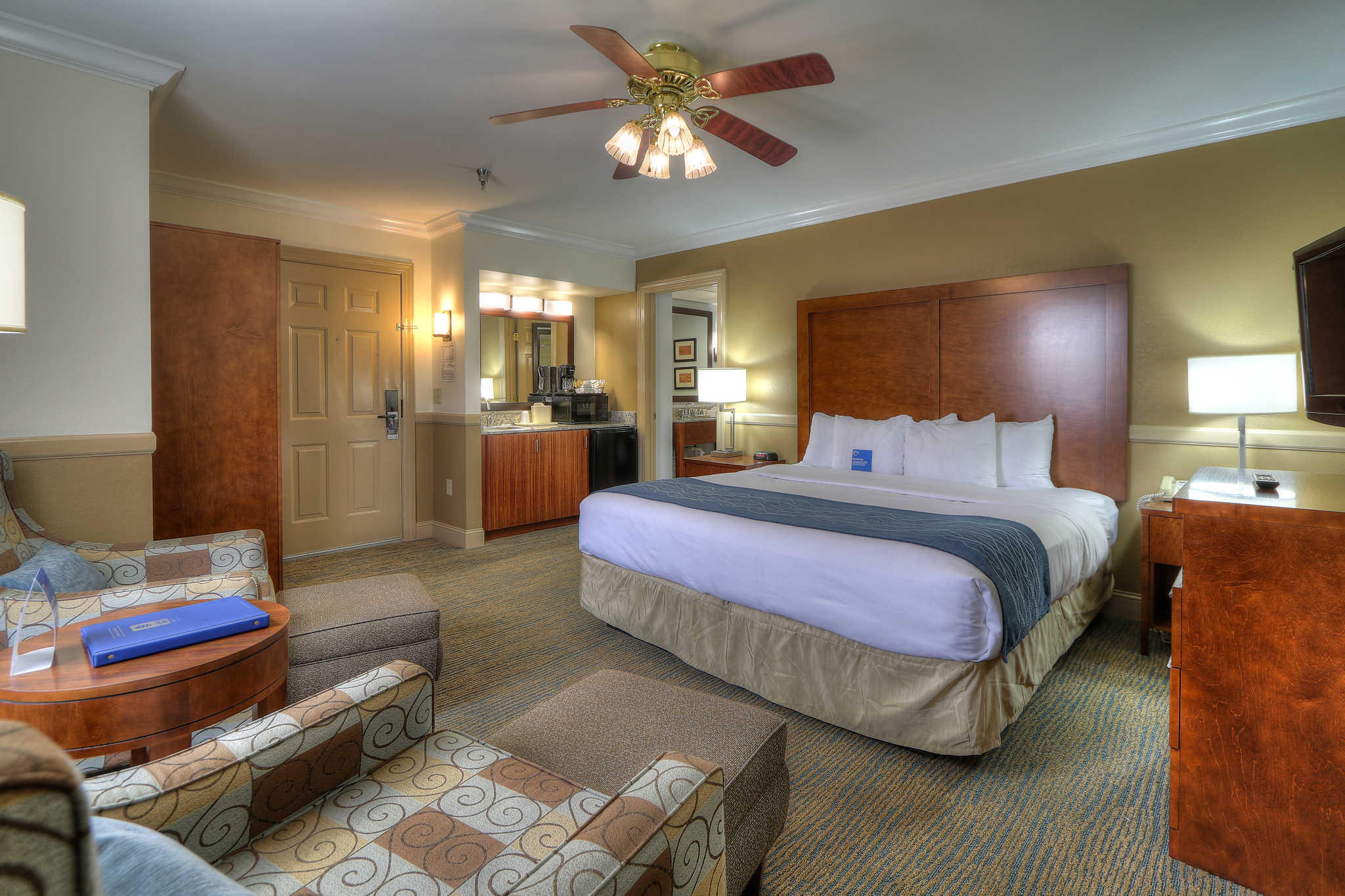 Comfort Inn Apple Valley image 4