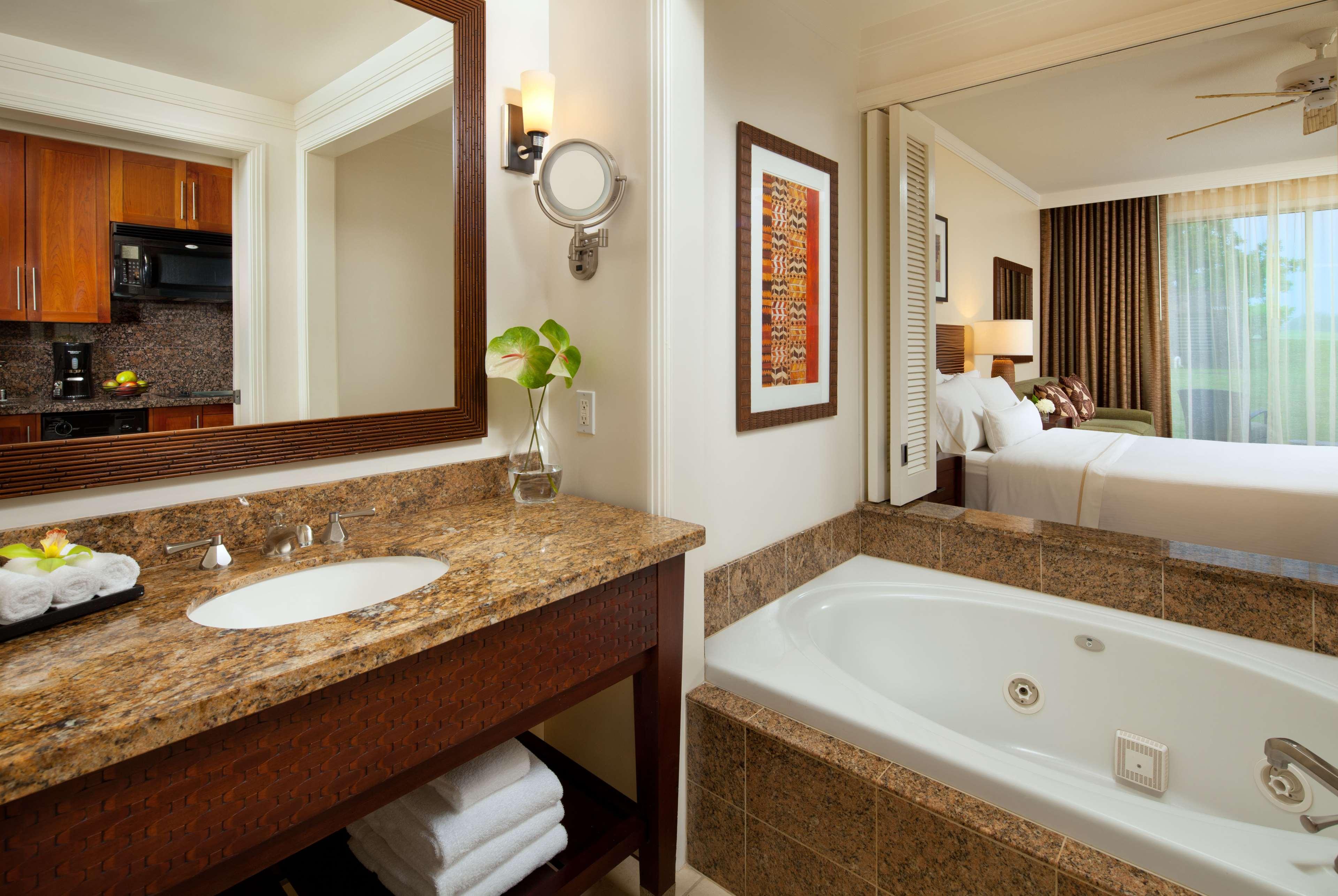 The Westin Princeville Ocean Resort Villas image 14