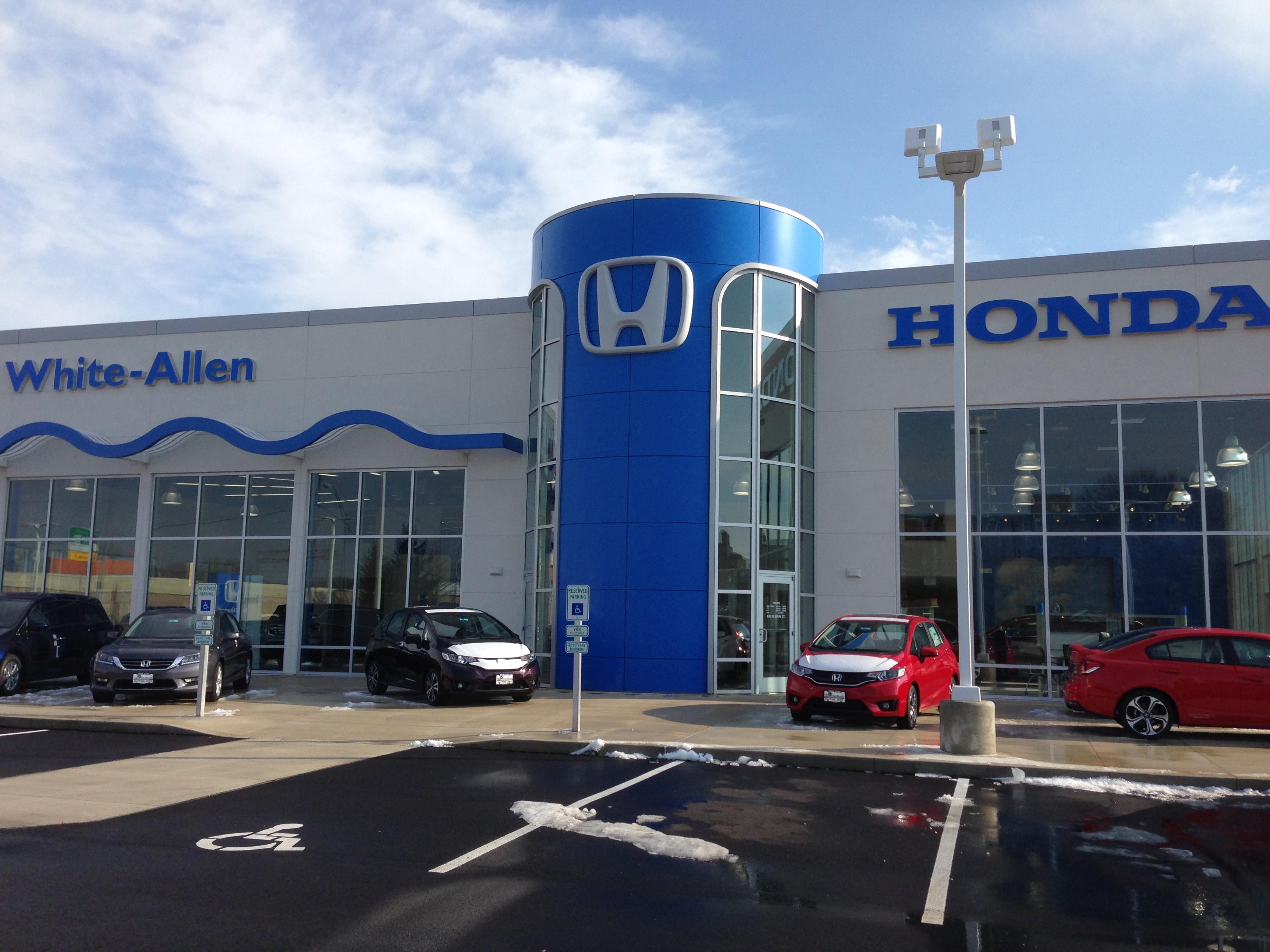 White Allen Honda image 0
