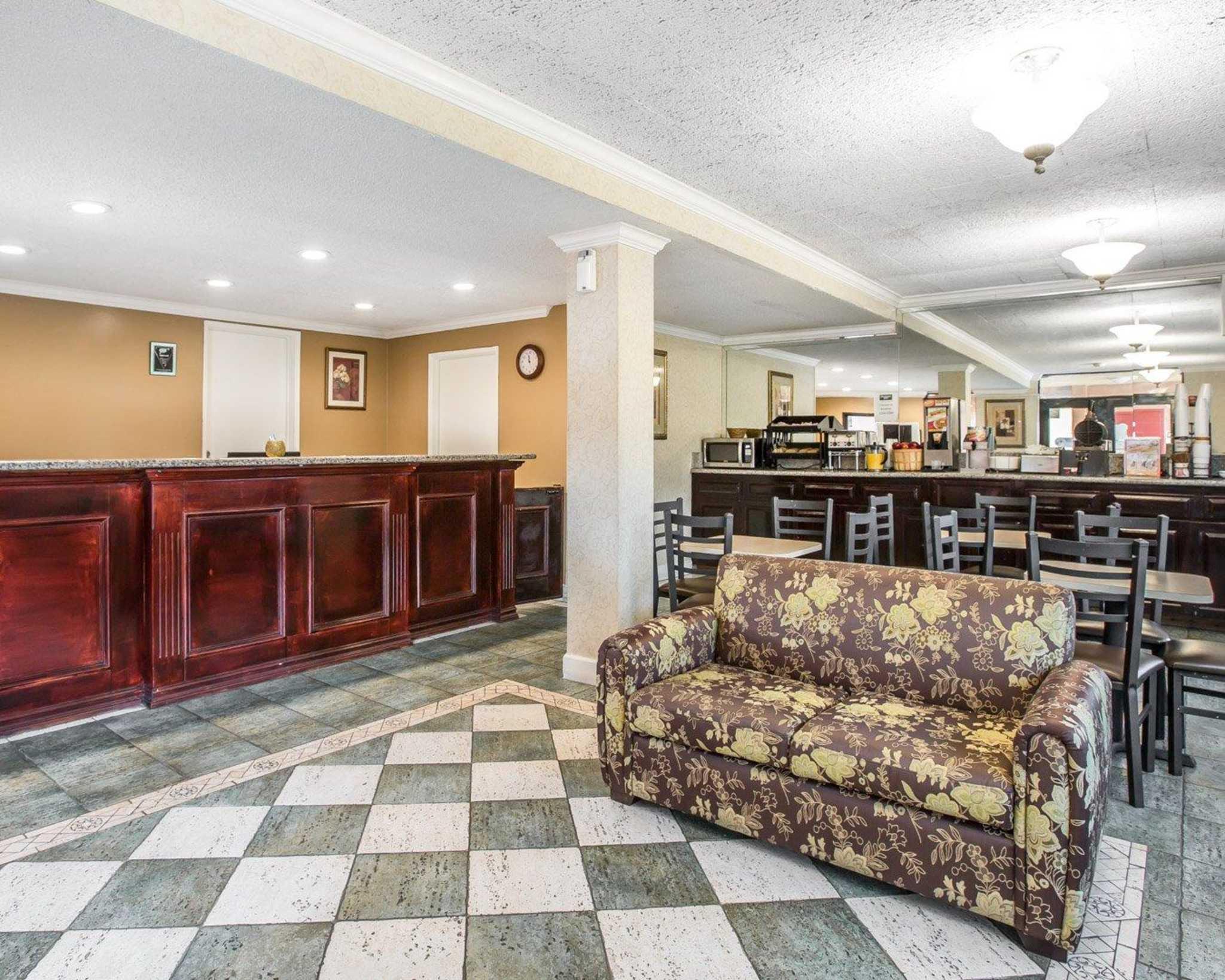 Rodeway Inn Near StubHub Center image 19