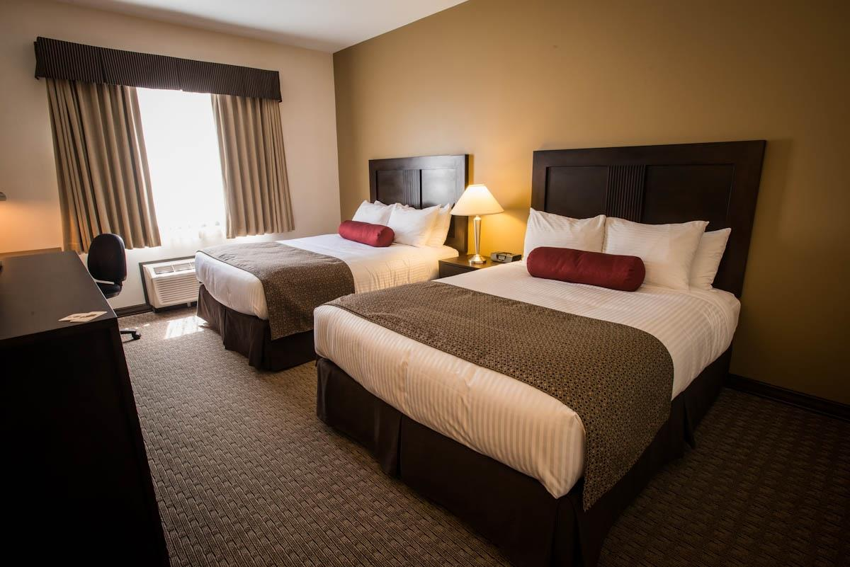 Best Western Plus Baker Street Inn & Convention Centre in Nelson: Two Queen Bed Guest Room