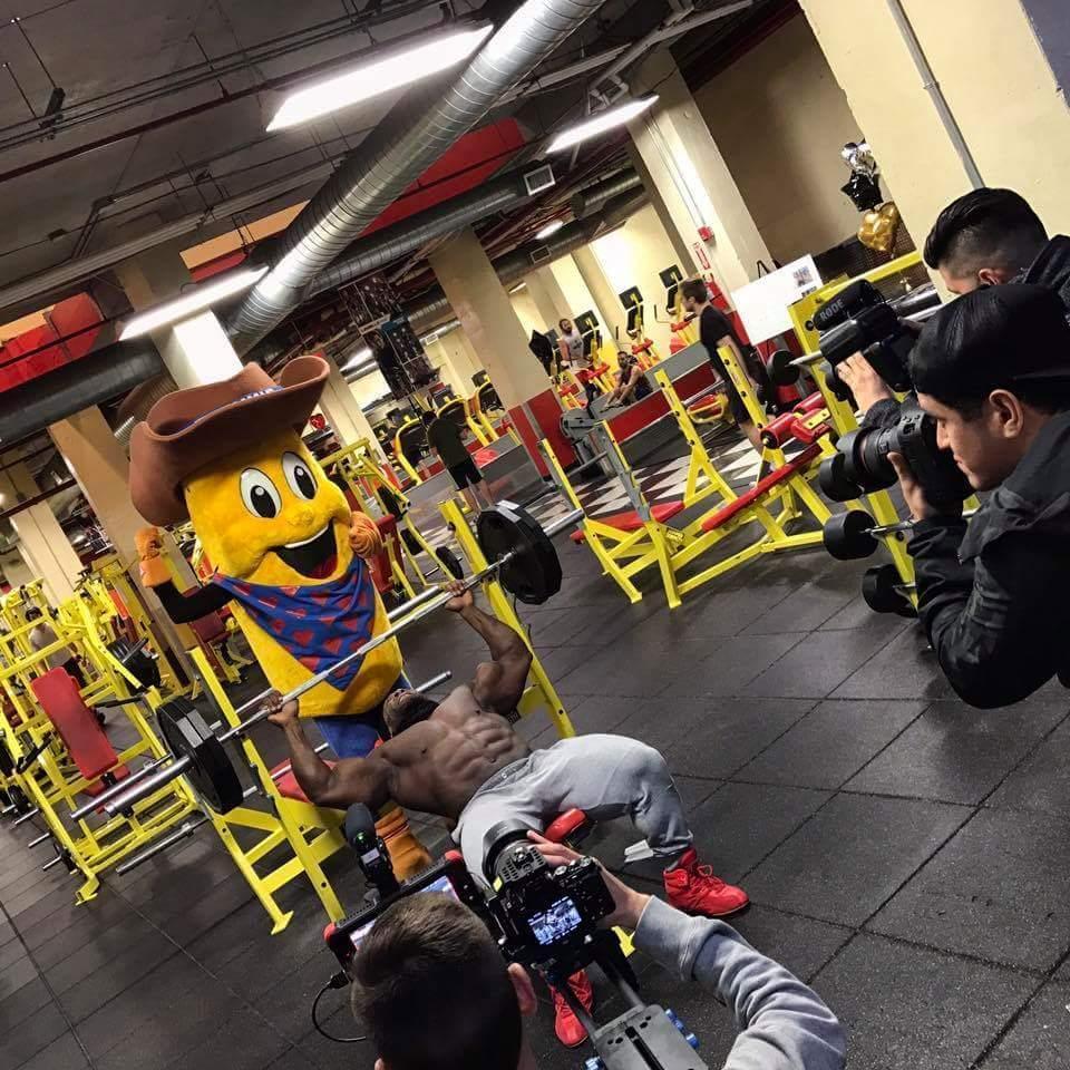 Retro Fitness image 3