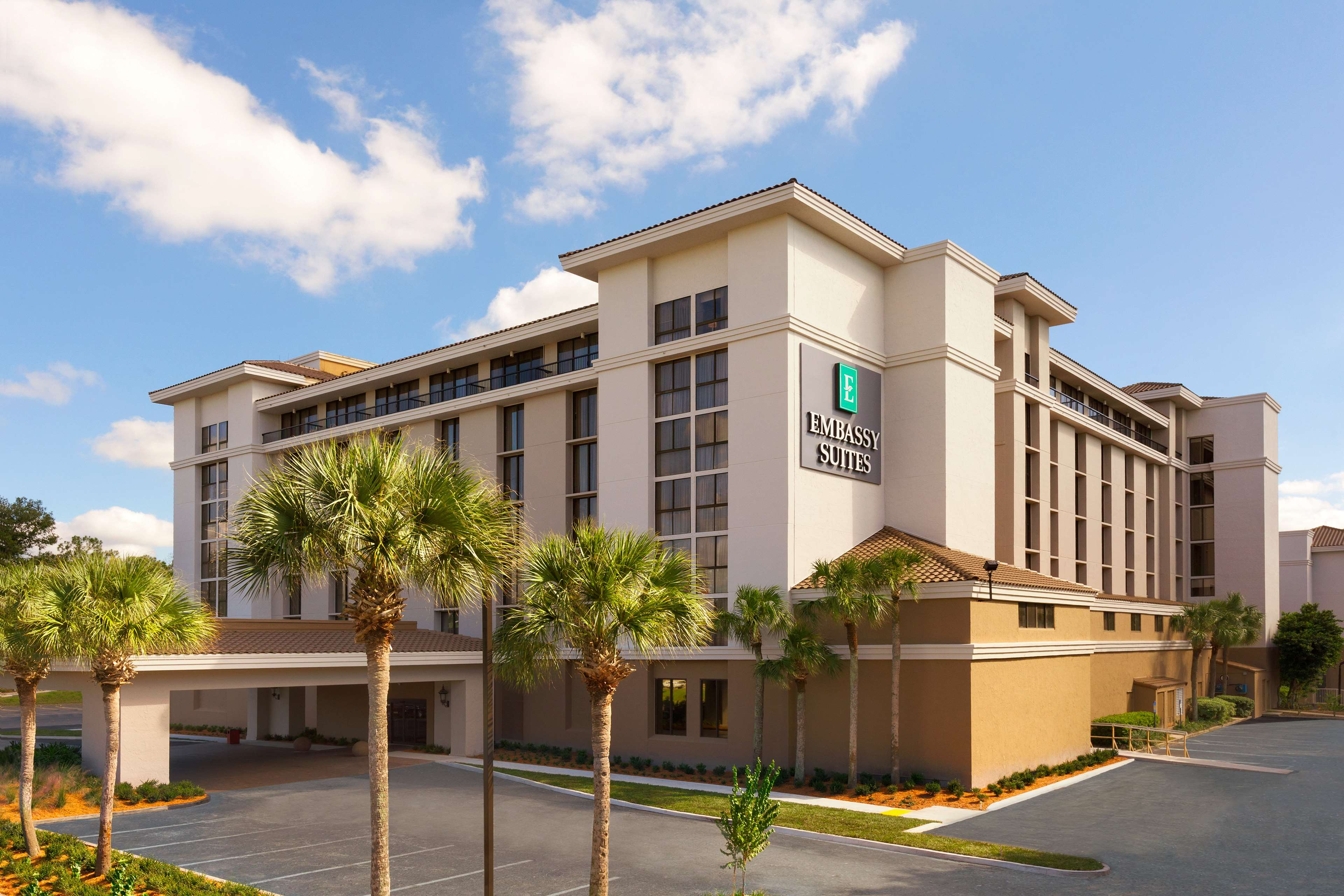 Embassy Suites by Hilton Jacksonville Baymeadows image 1