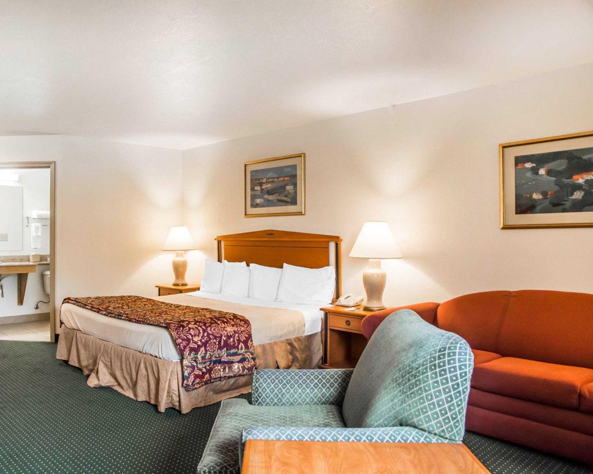 Suburban Extended Stay Hotel Dayton-WP AFB image 6
