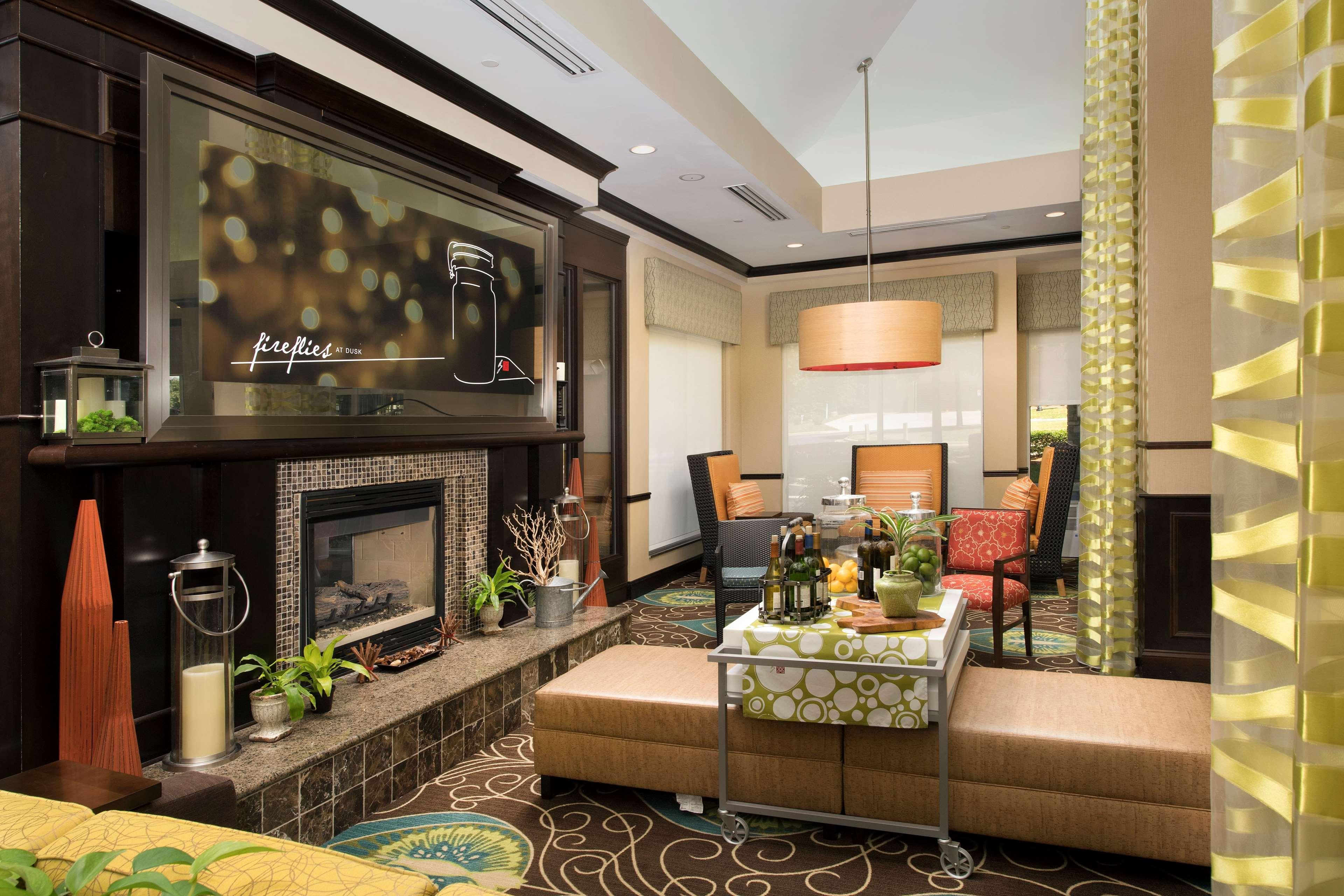 Hilton Garden Inn Winston-Salem/Hanes Mall image 3
