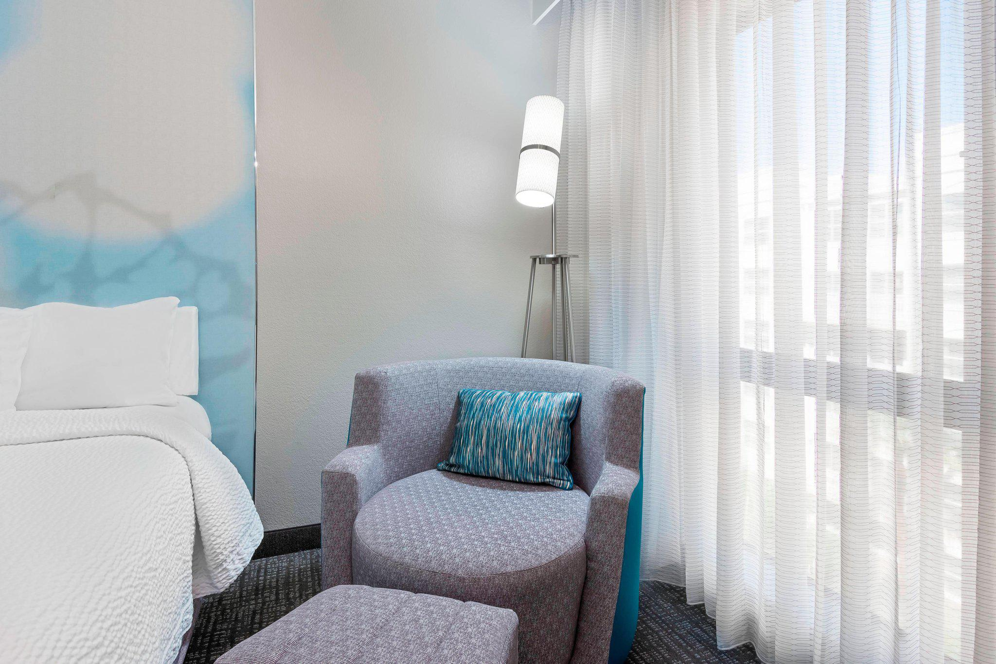 Courtyard by Marriott Tampa Downtown