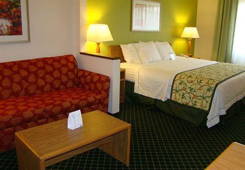 Pearl City Inn