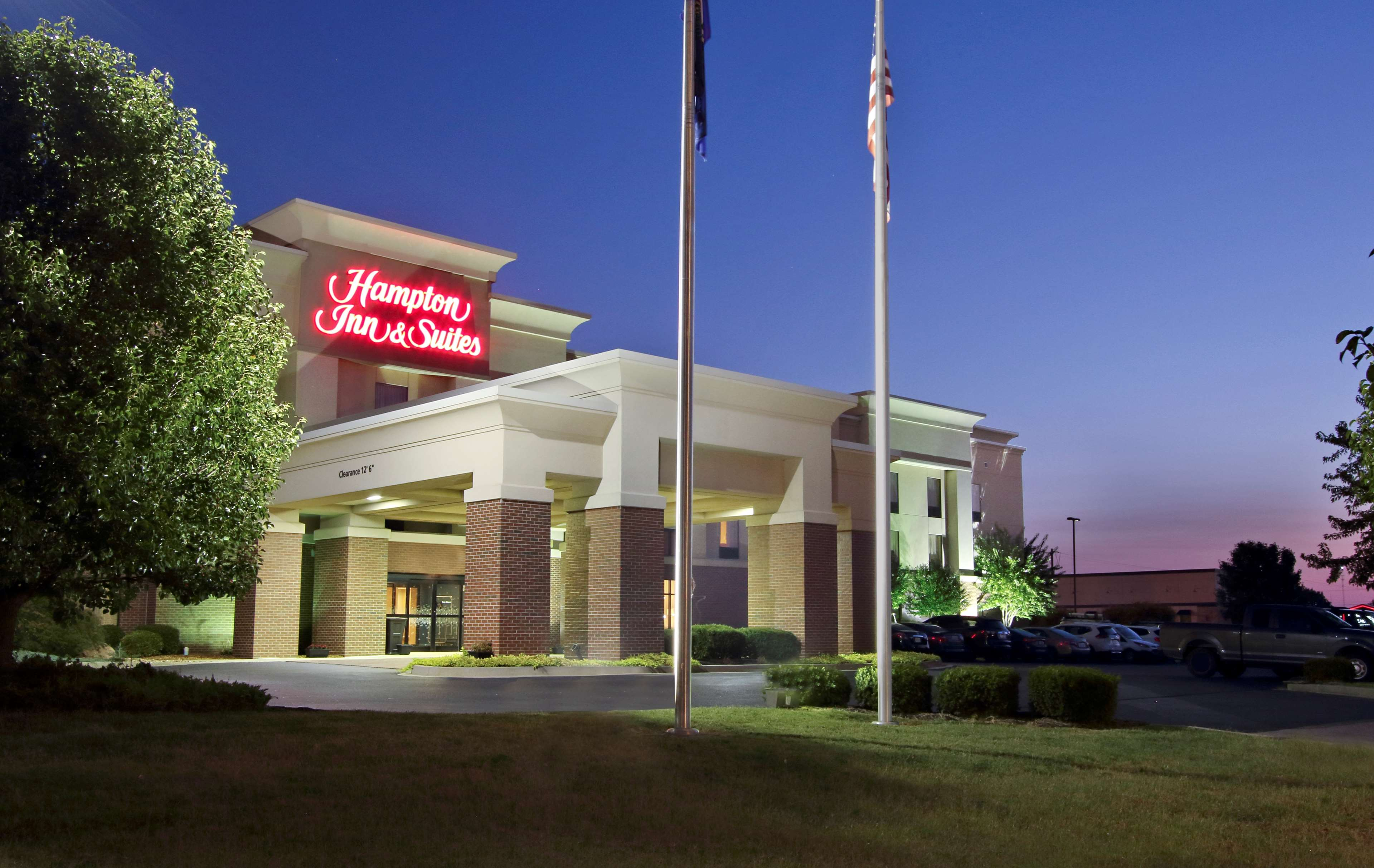 Hampton Inn & Suites Murray image 25
