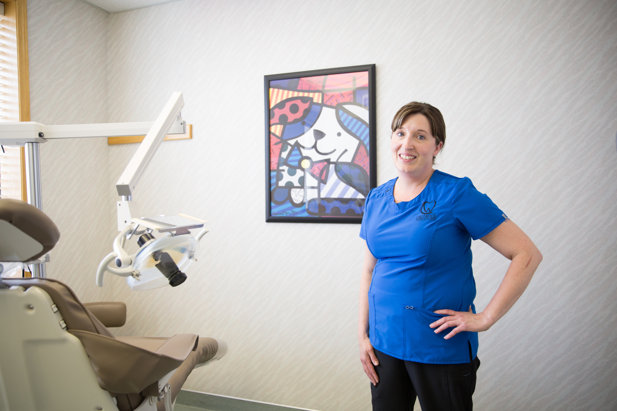 Crestwood Dental Clinic in Medicine Hat