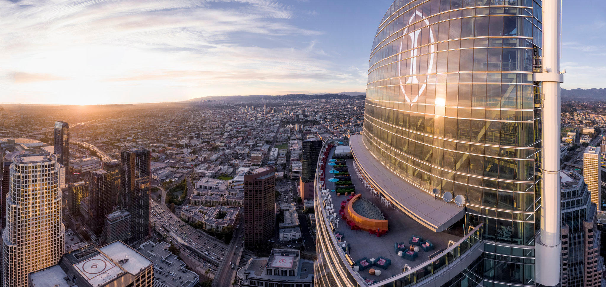 InterContinental Los Angeles Downtown, an IHG Hotel