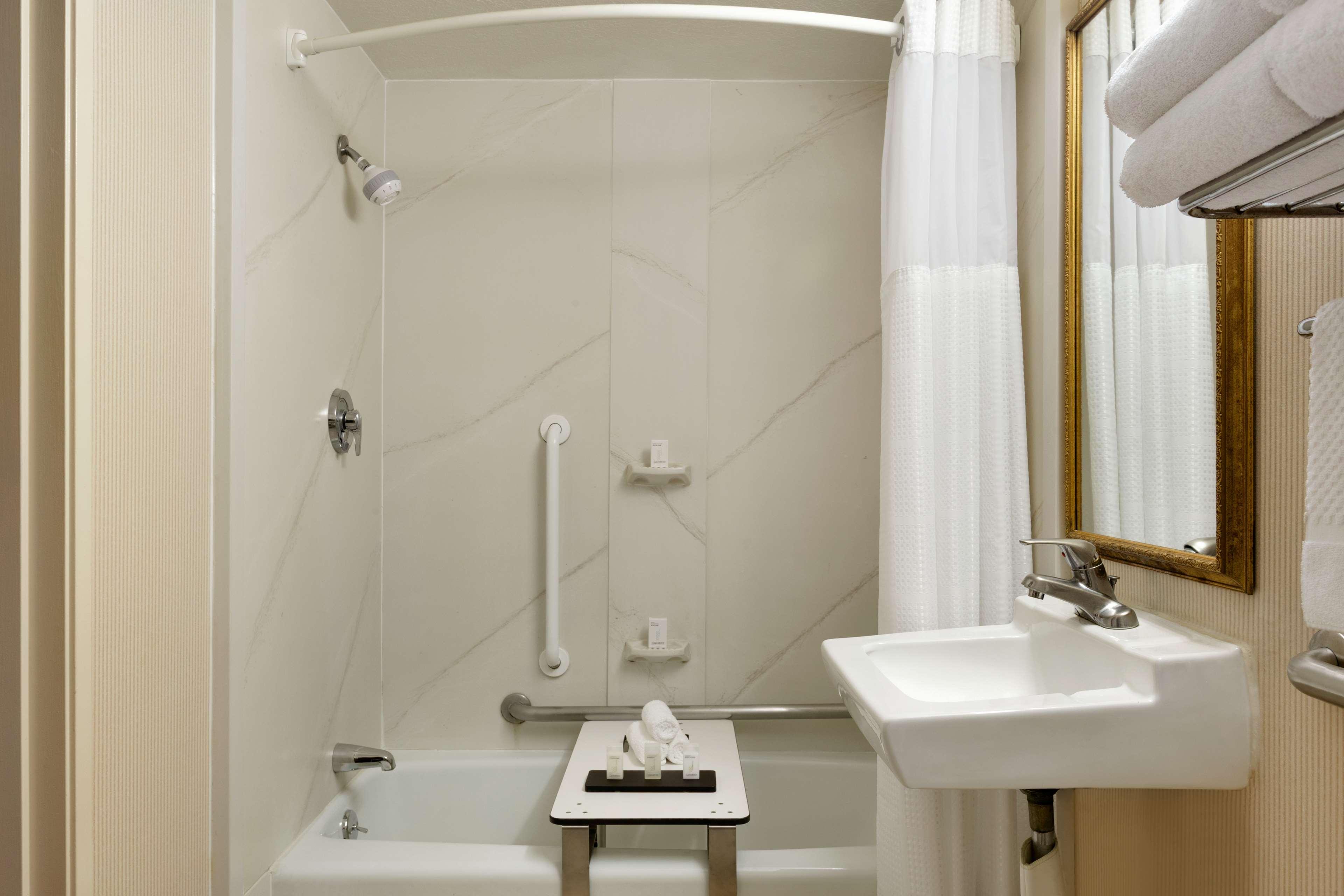 Embassy Suites by Hilton Arcadia Pasadena Area image 30