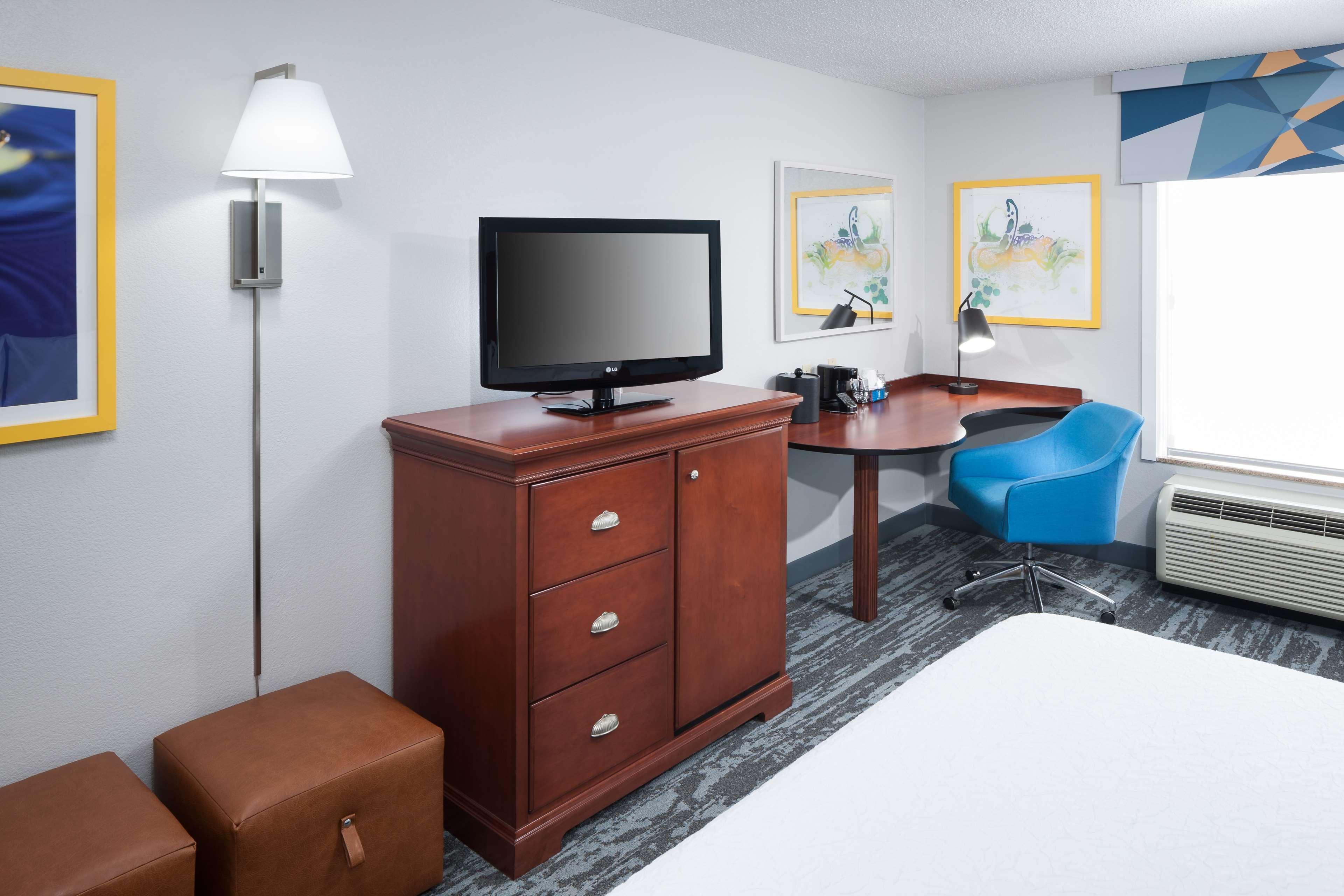 Hampton Inn & Suites Jackson image 18