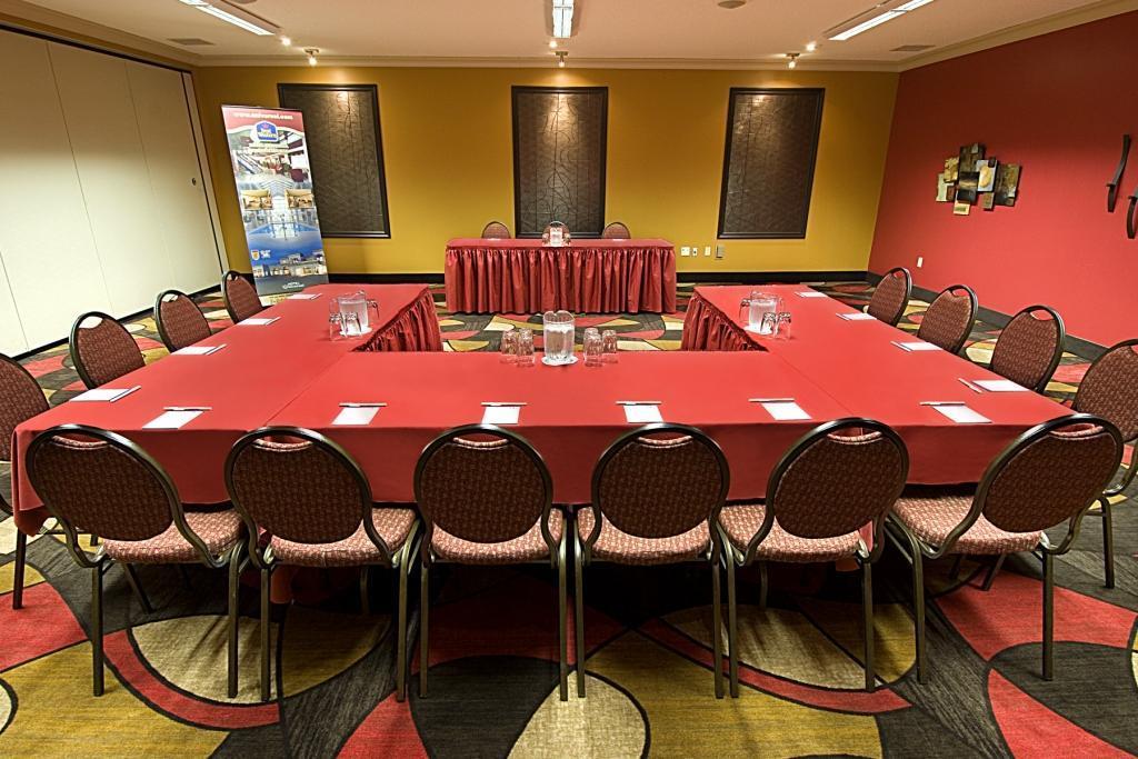 Best Western Plus Hotel Universel Drummondville à Drummondville: Meeting Room Detente