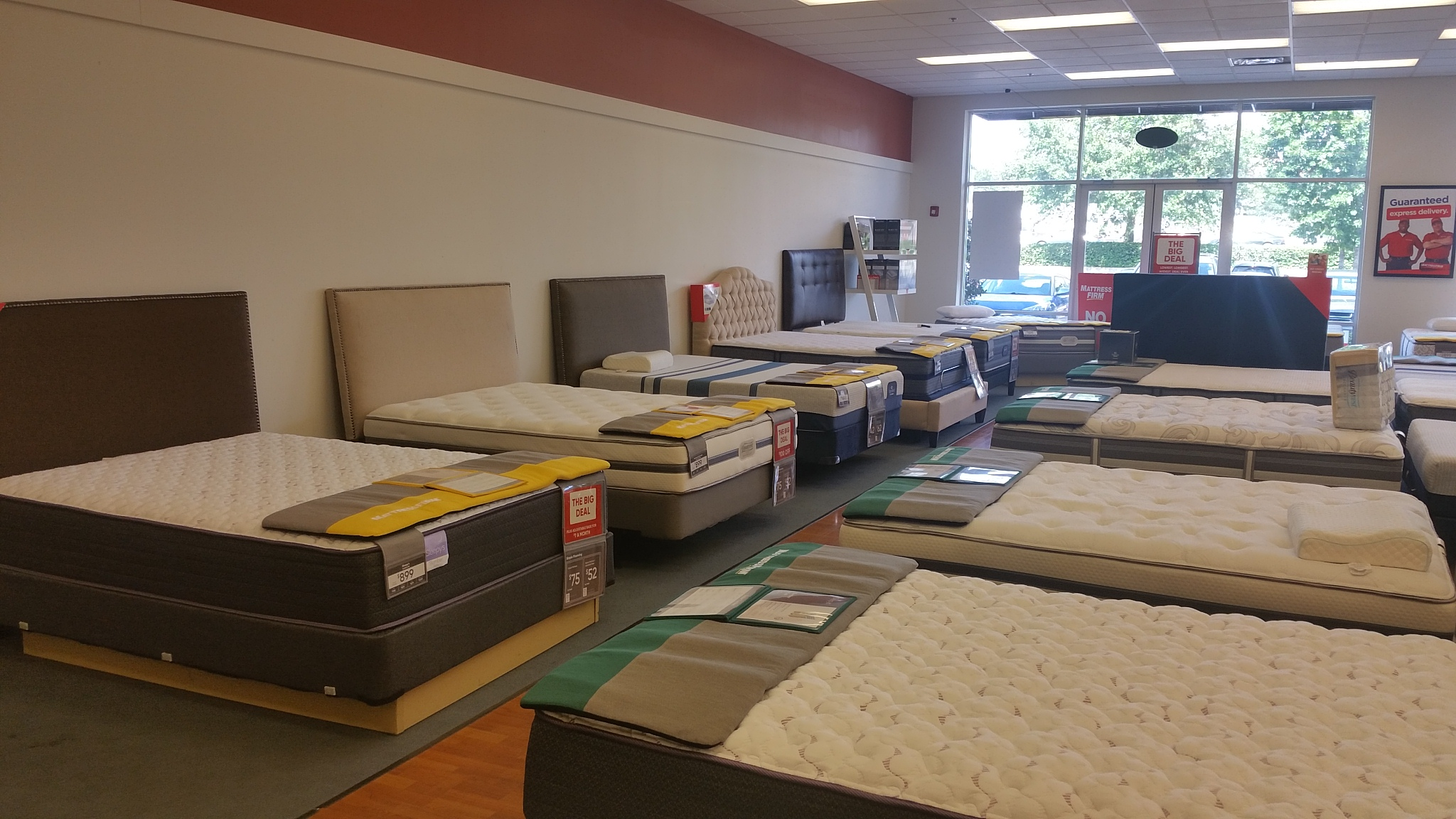 Mattress Firm Doctor Phillips Village - Closed image 5