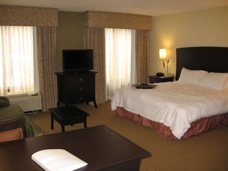 Hampton Inn & Suites Spartanburg-I-26-Westgate Mall image 41