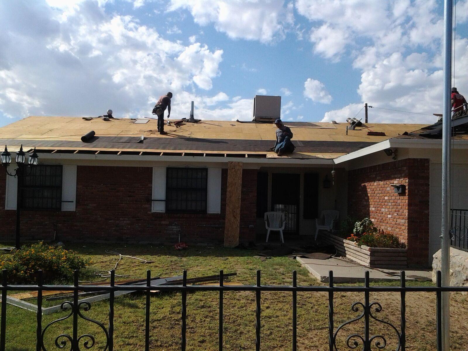 Professional Roofers & Contractors image 0