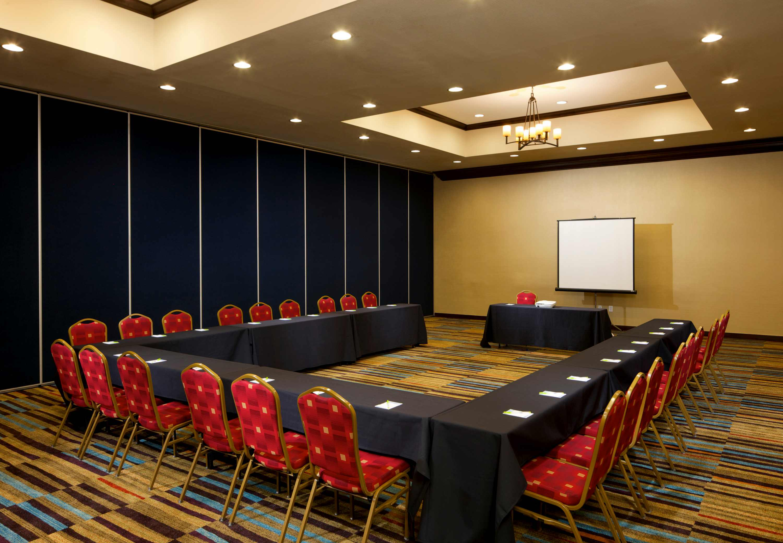 Fairfield Inn & Suites by Marriott Houston Intercontinental Airport image 15