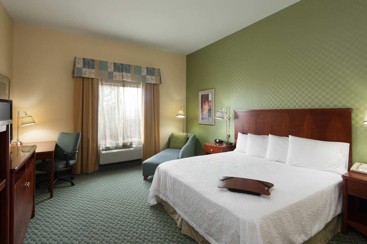 Hampton Inn & Suites El Paso West image 13