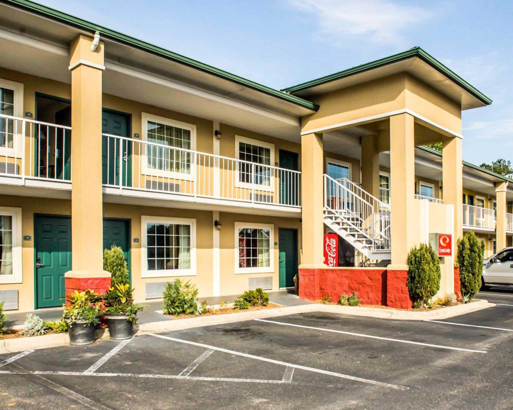 Pet Friendly Hotels Monticello Fl