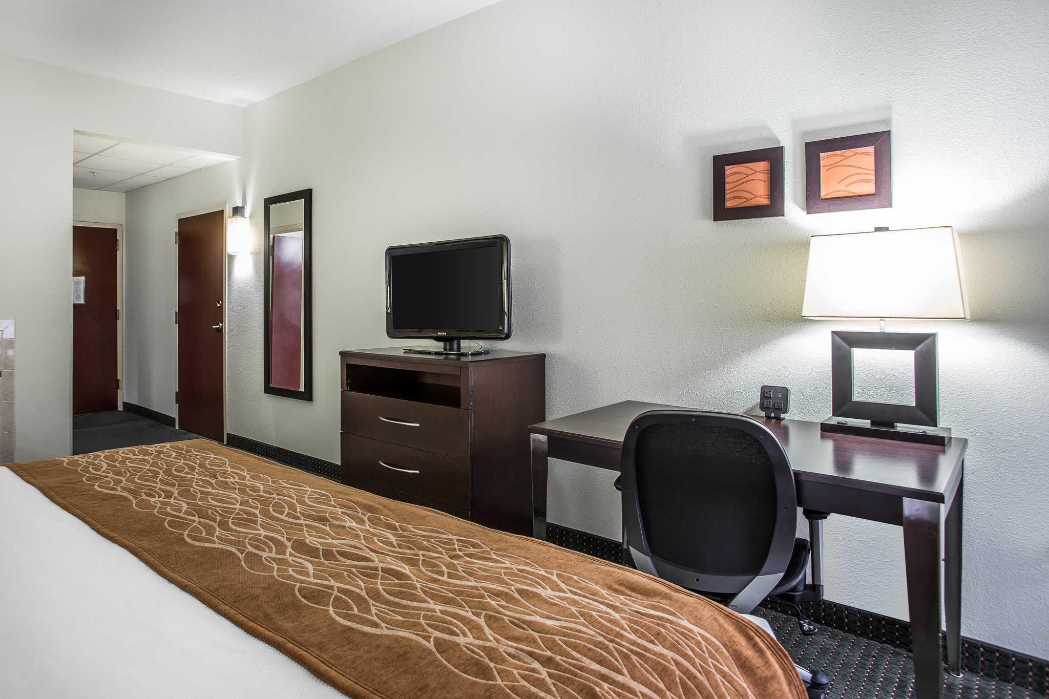Comfort Inn & Suites Lake Norman image 24