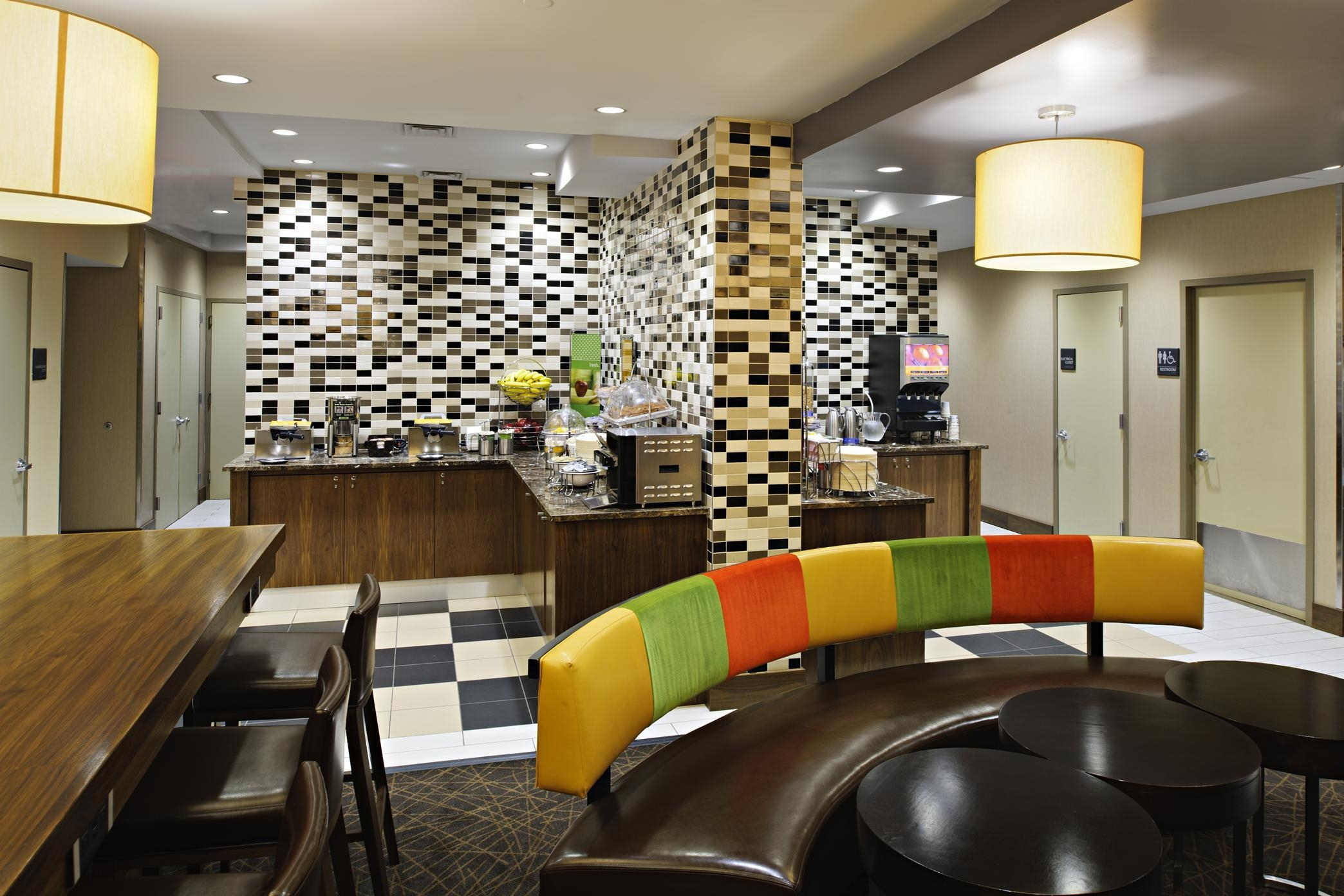 Hampton Inn Manhattan Madison Square Garden Area At 116 West 31st Street New York Ny On Fave