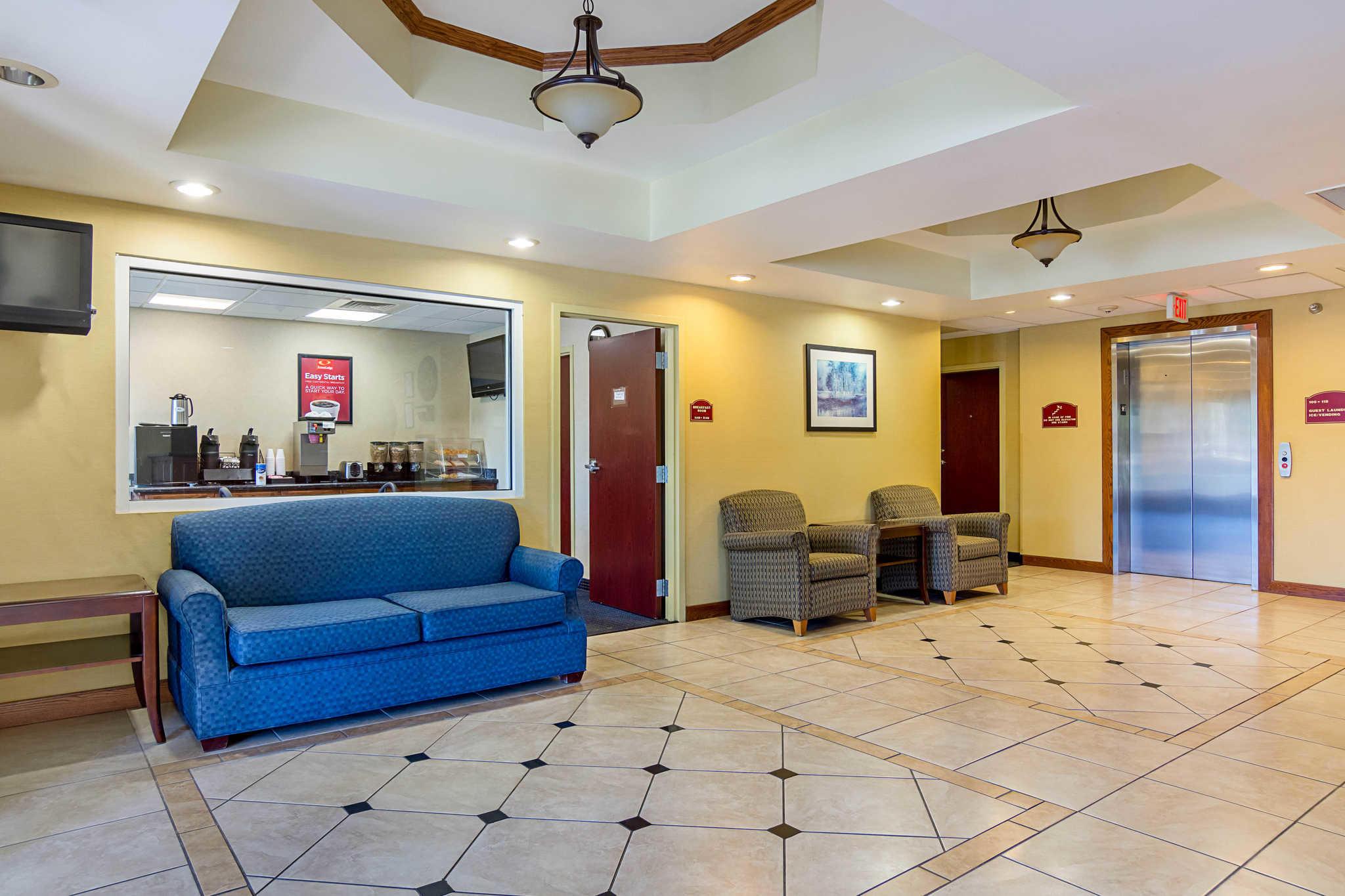 Econo Lodge Inn & Suites Pritchard Road North Little Rock image 21