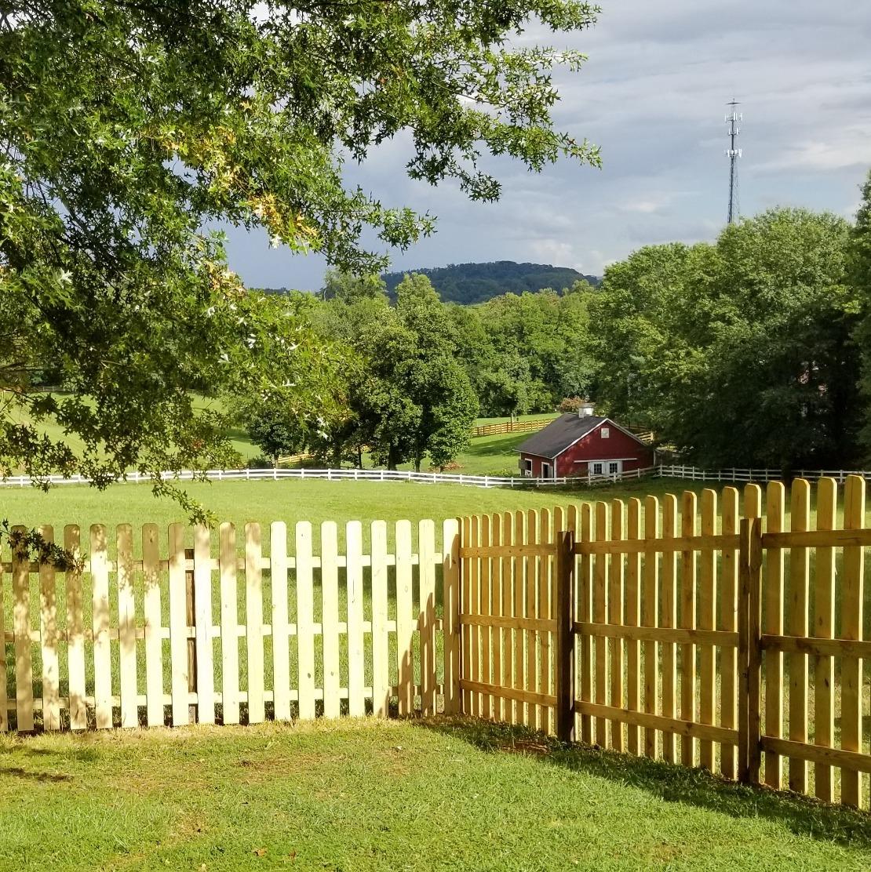 Full Throttle Fence & Deck LLC image 0