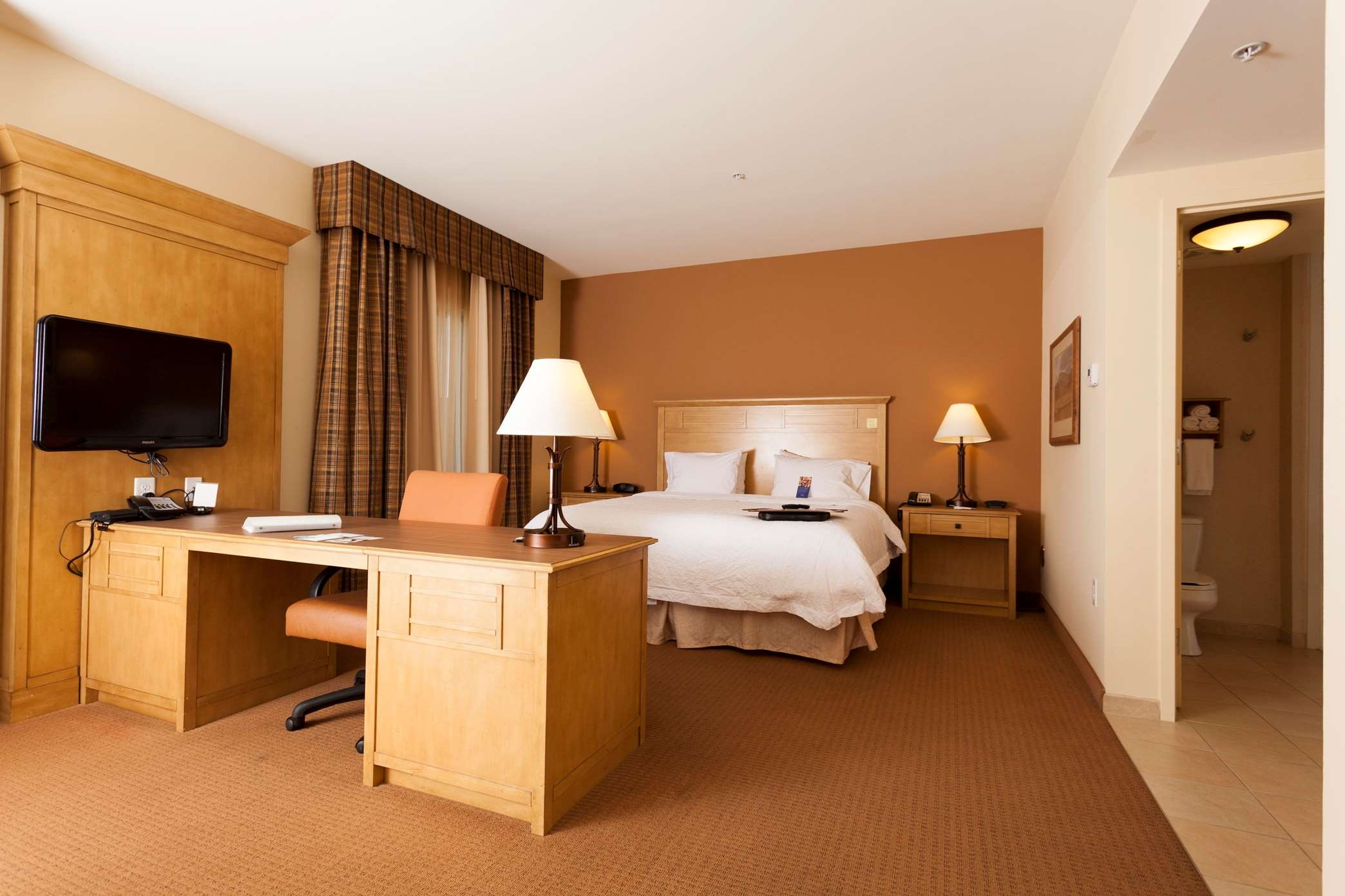 Hampton Inn & Suites Riverton image 34