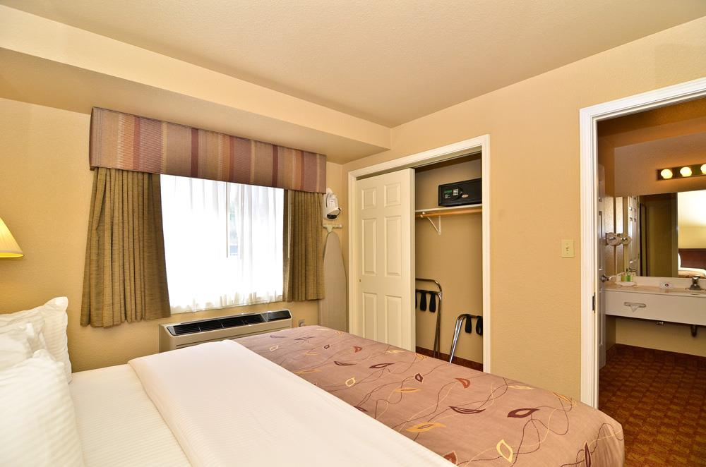 Best Western Fallon Inn & Suites image 36